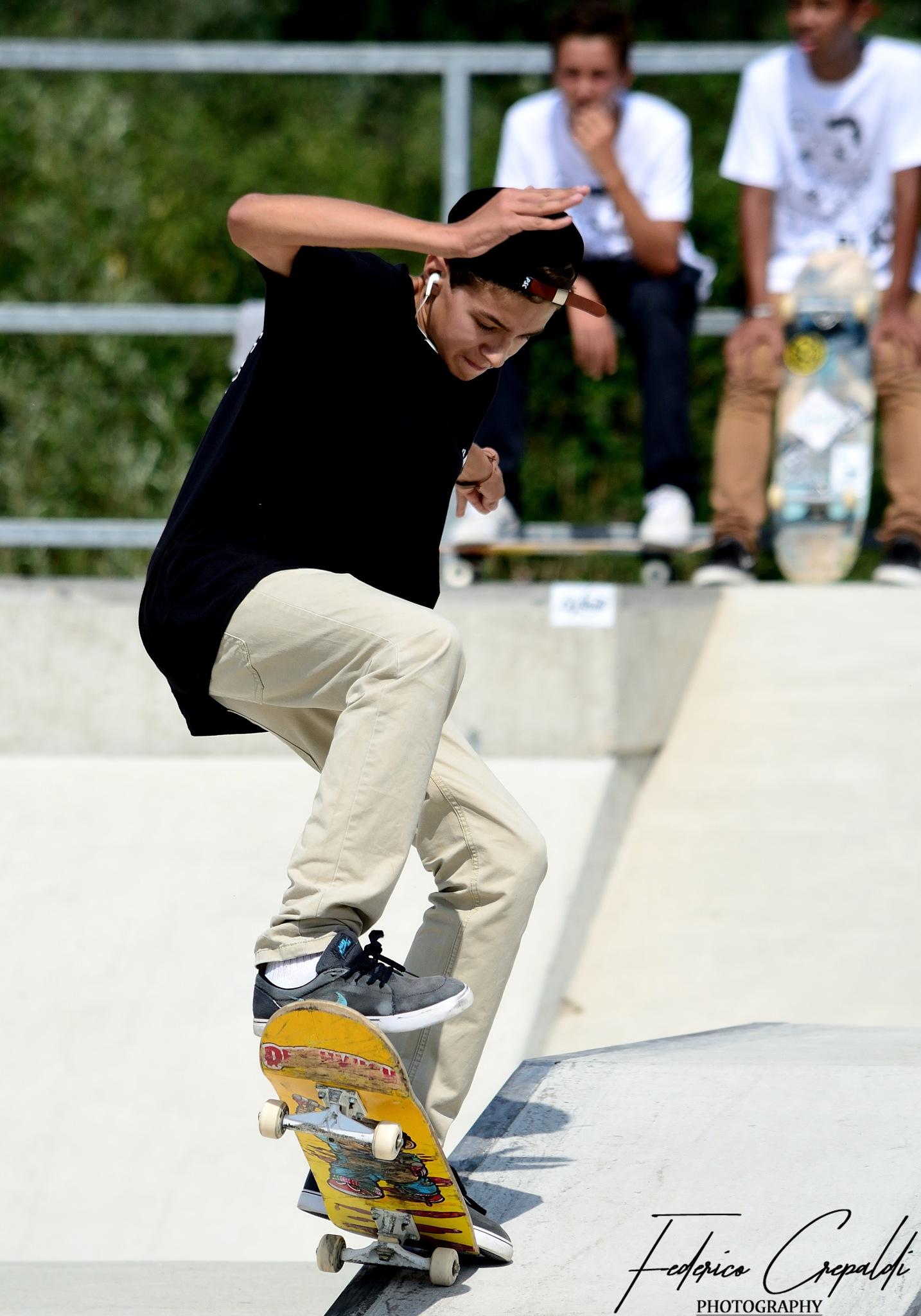 Skate 2 by Federico Crepaldi
