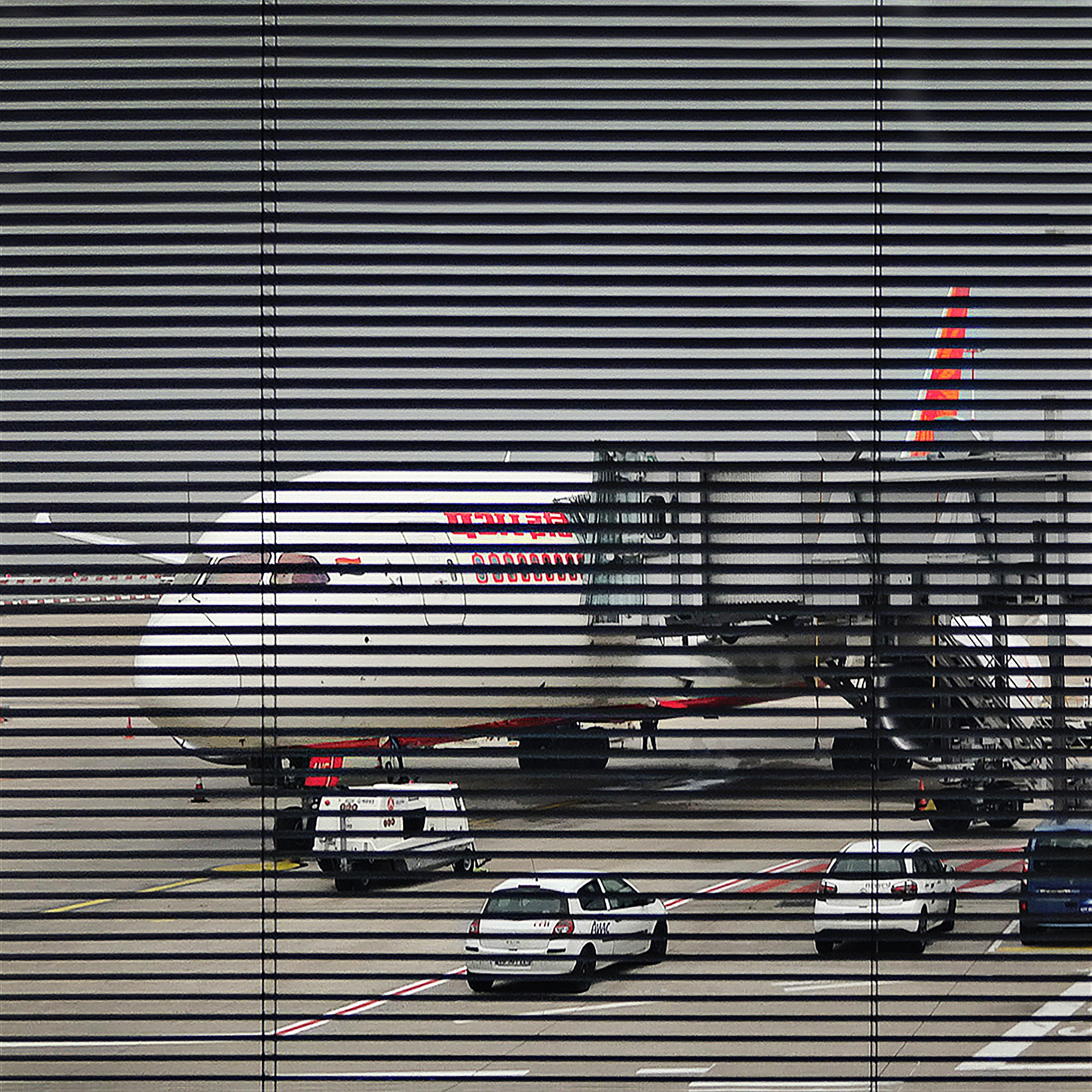 Air India Dreamliner getting ready - CDG airport, Paris, France by JMCtronic