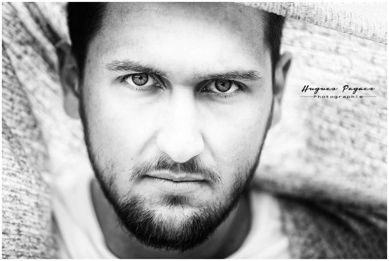 Portrait  by Loic Knuts