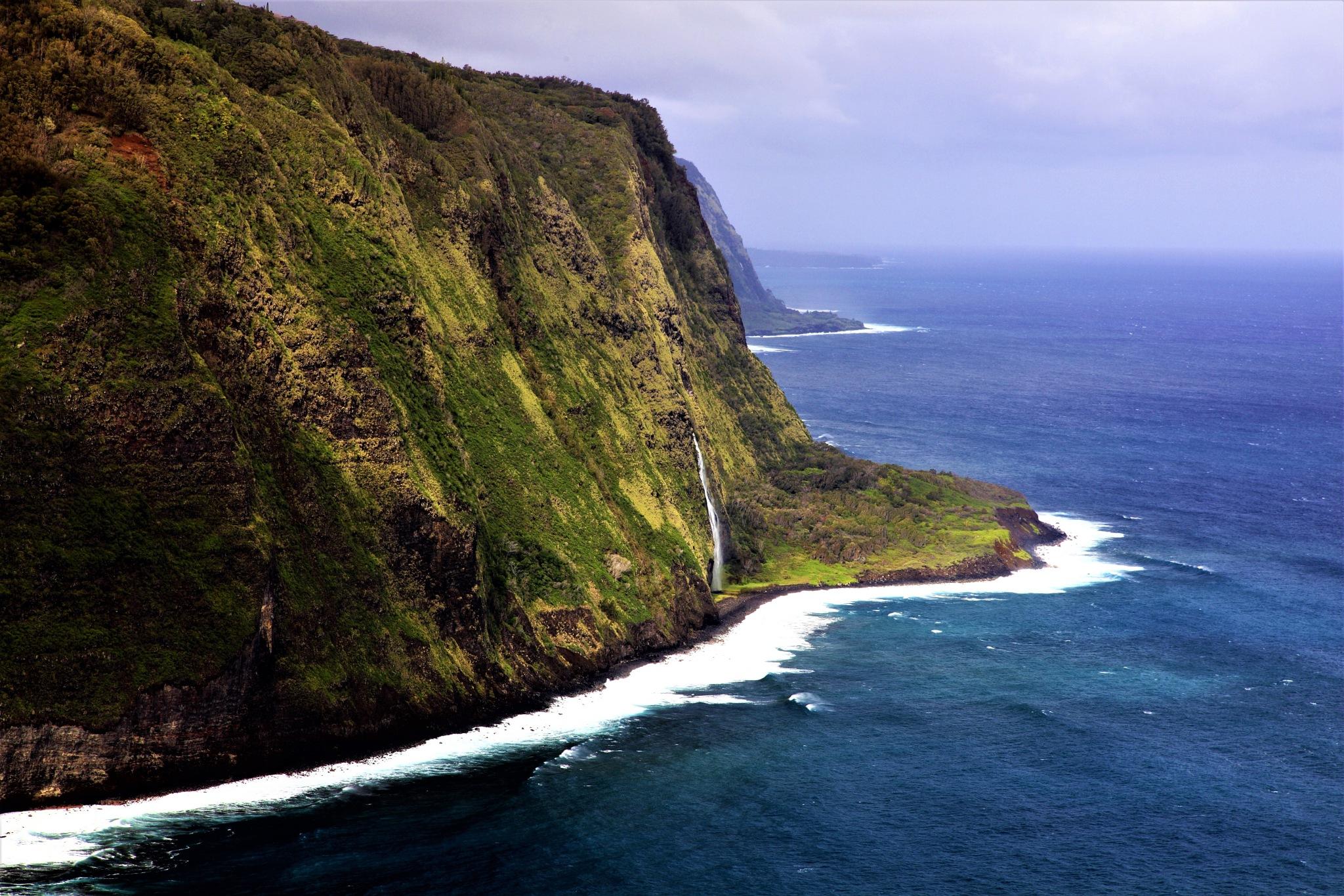 3000 foot cliffs of Waipio Coast Kona Hawaii by Miloliidrifter