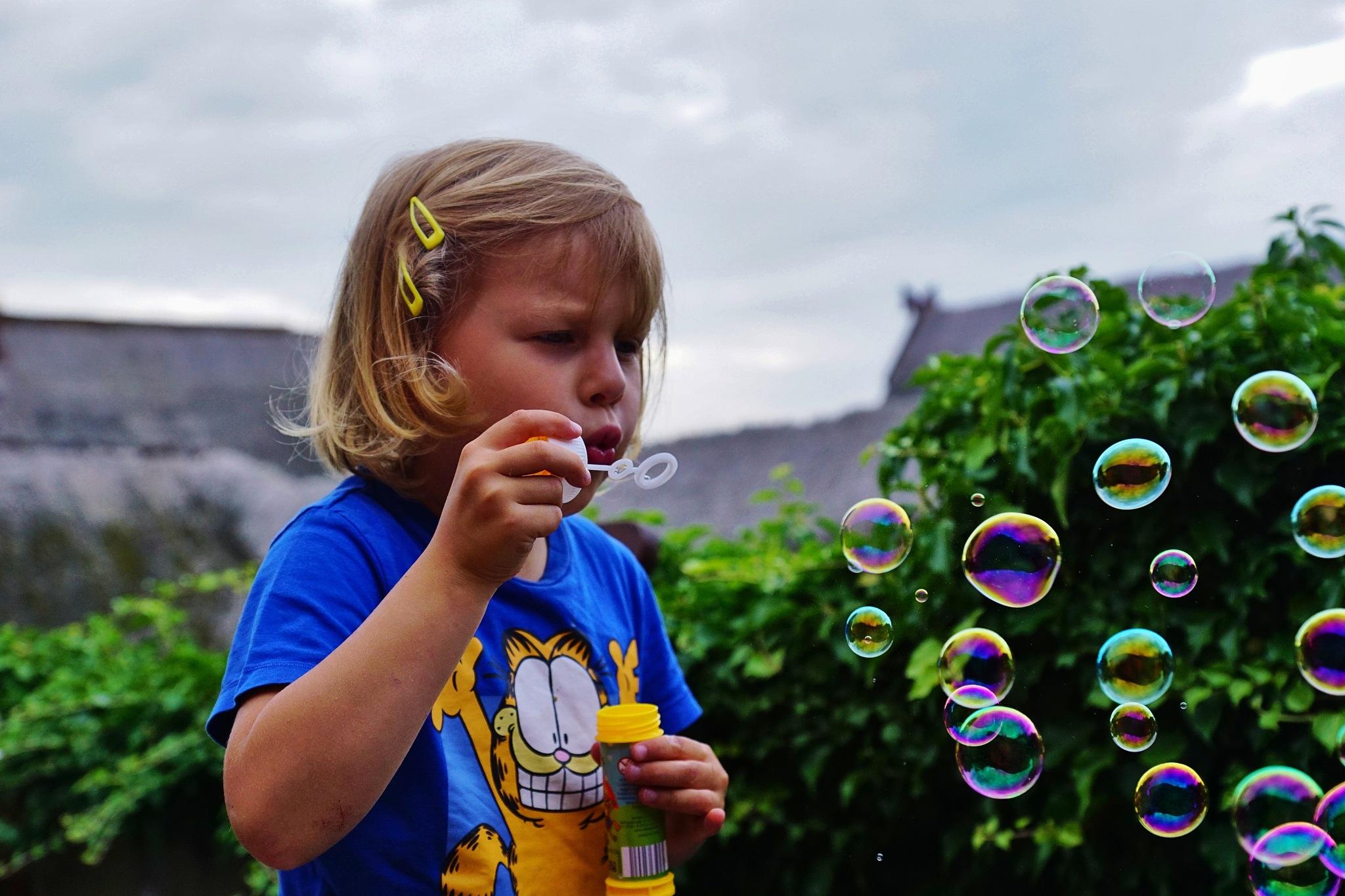 Bubbles by Thomas