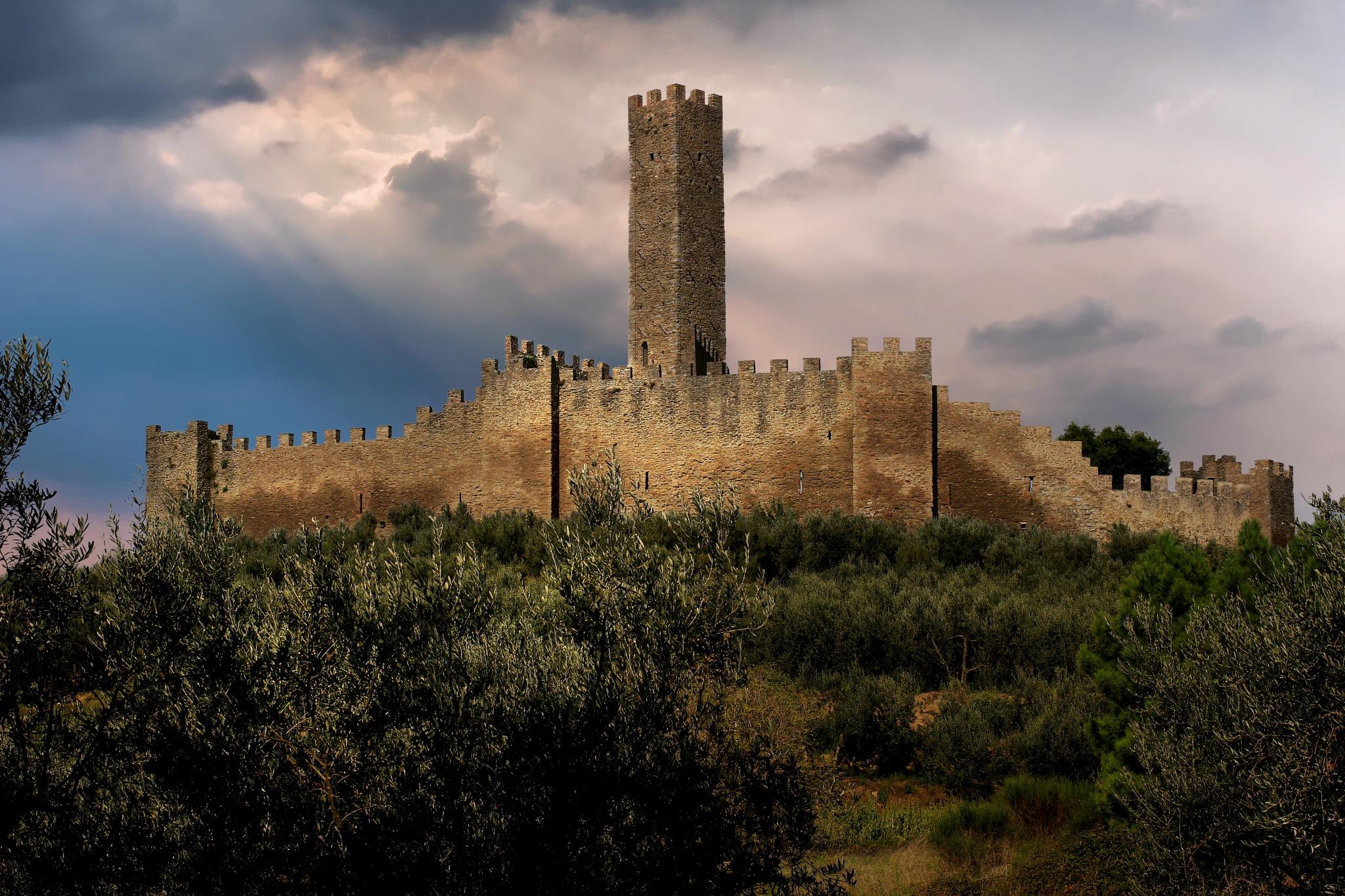 Castello di Montecchio by MarkSoetebierVideophotography