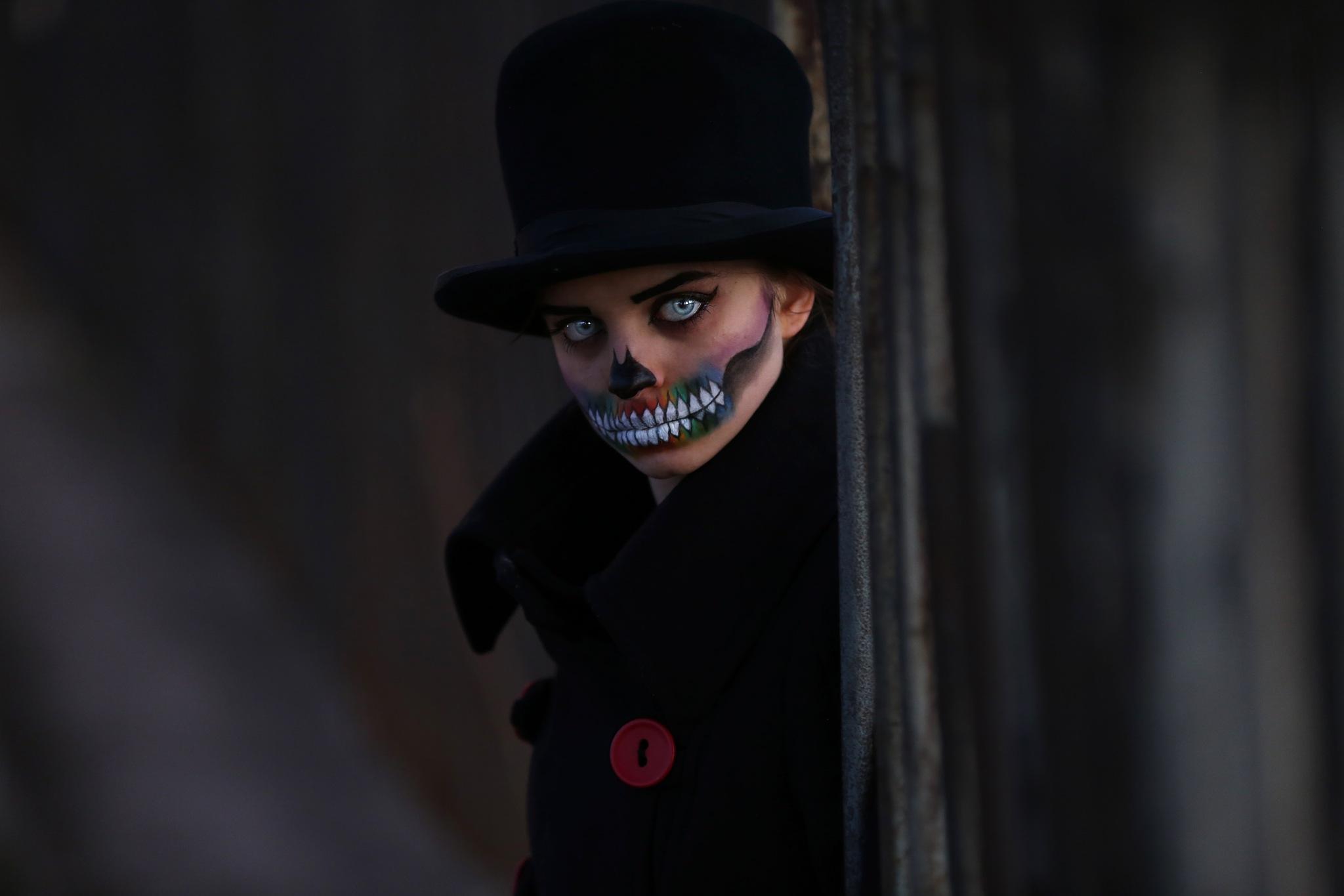 Halloween by Dorota Dlugosz