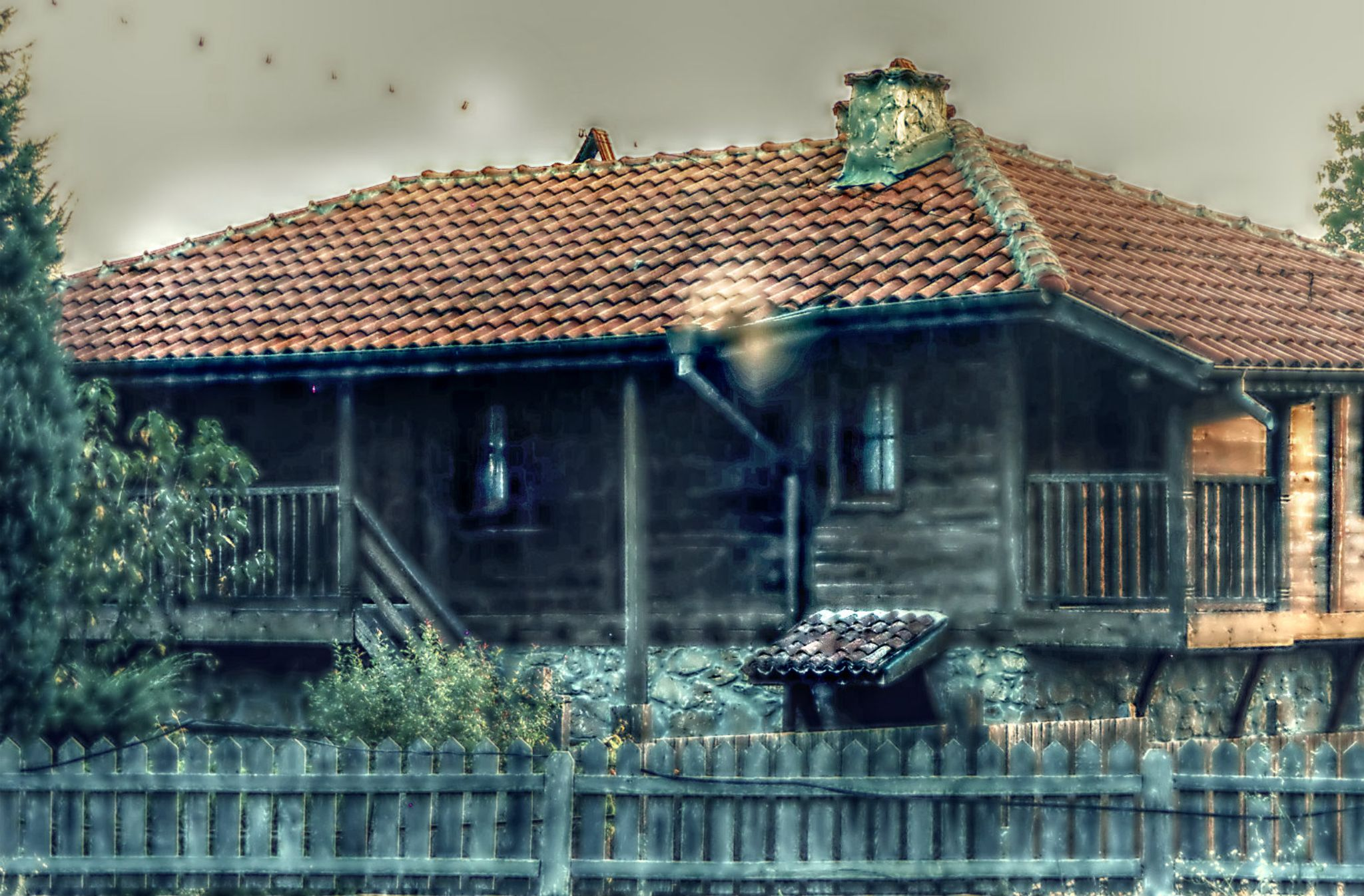 Old home by Popsavova