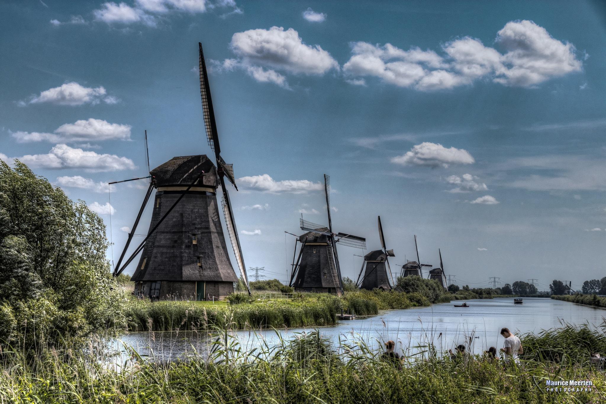 Mills @ Kinderdijk  /  Molens in Kinderdijk by Maurice Meerten