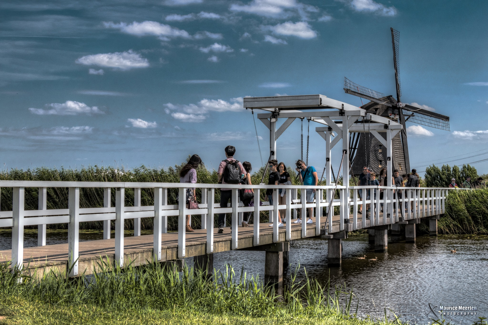 Tourists @ Kinderdijk by Maurice Meerten