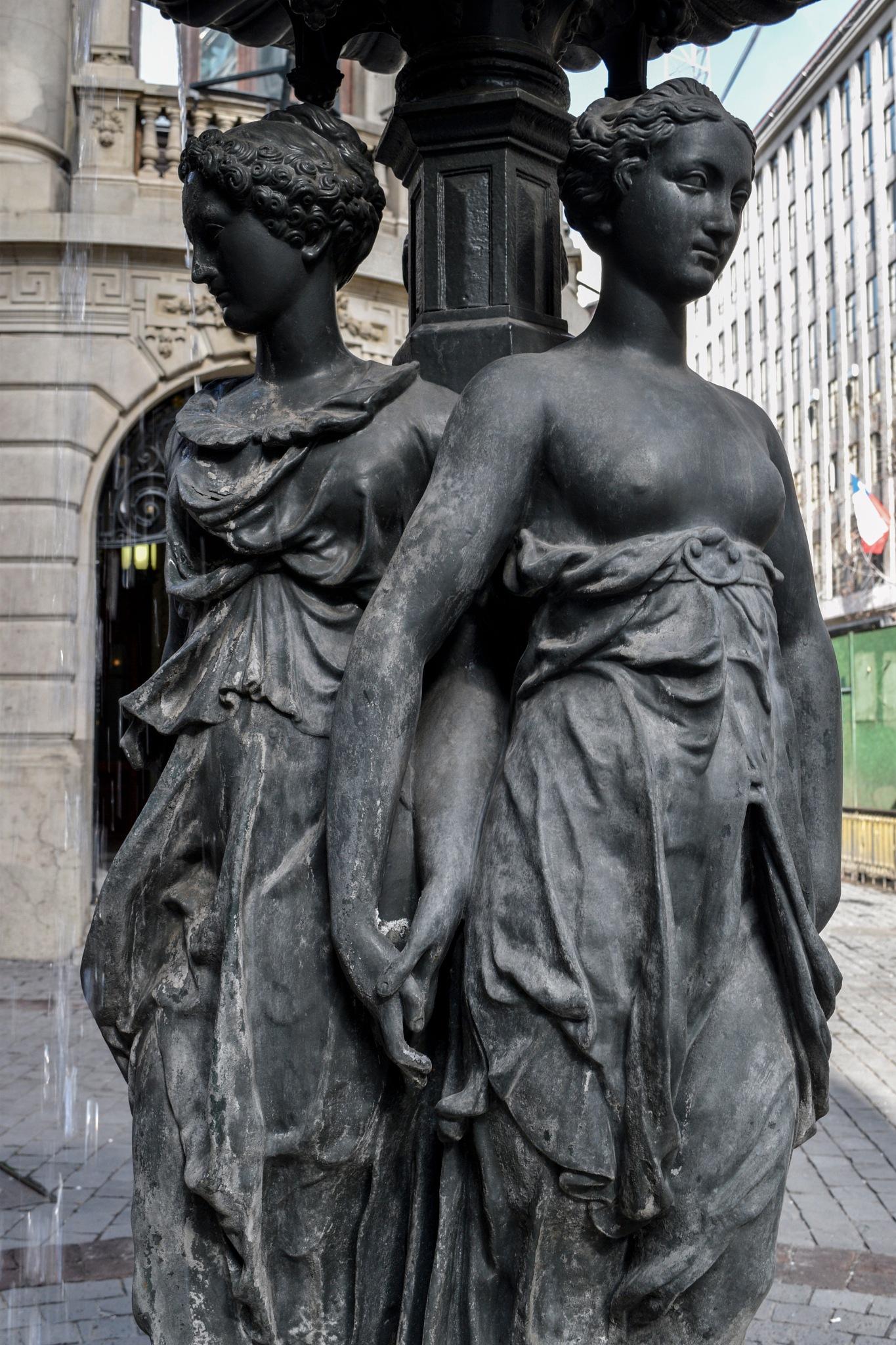 Esculture in New York avenue. by Phsepulveda