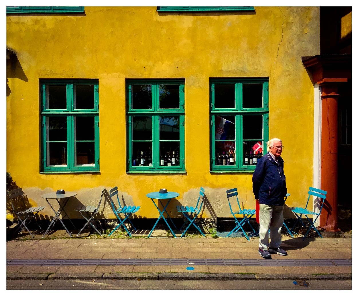 sunny day at the streets in Helsingör by Erik Berrio