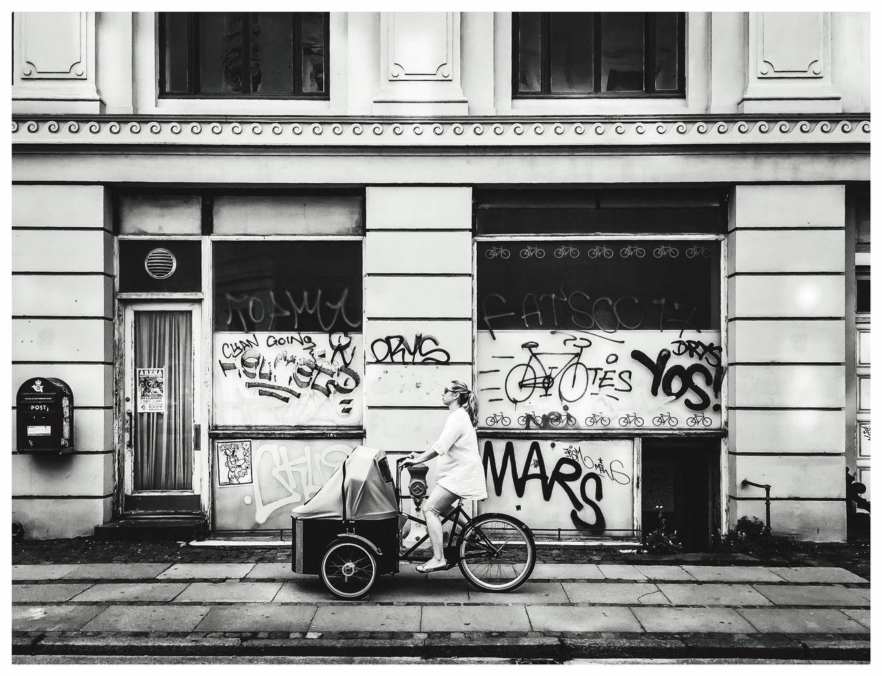Copenhagen streets by Erik Berrio