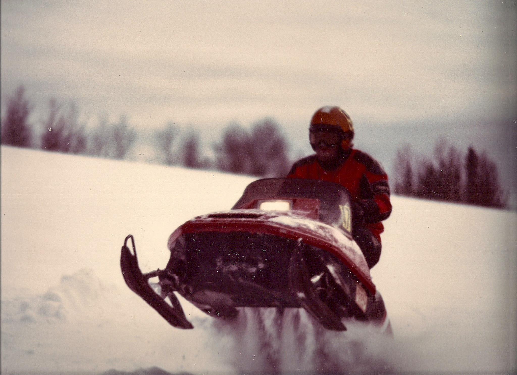 Winter snow mobile by Dave Kleyh