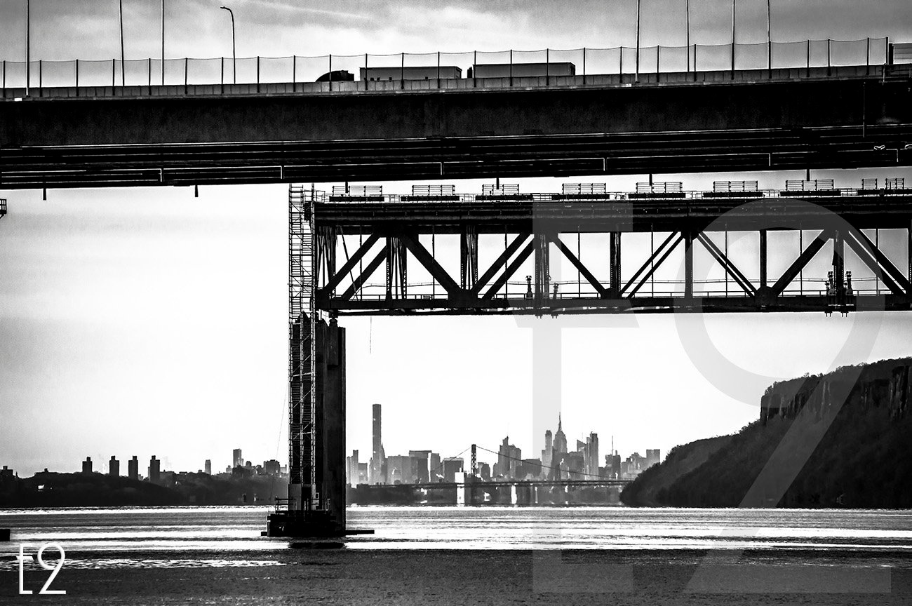 Tappan Zee Bridge New And Old  by ezwo
