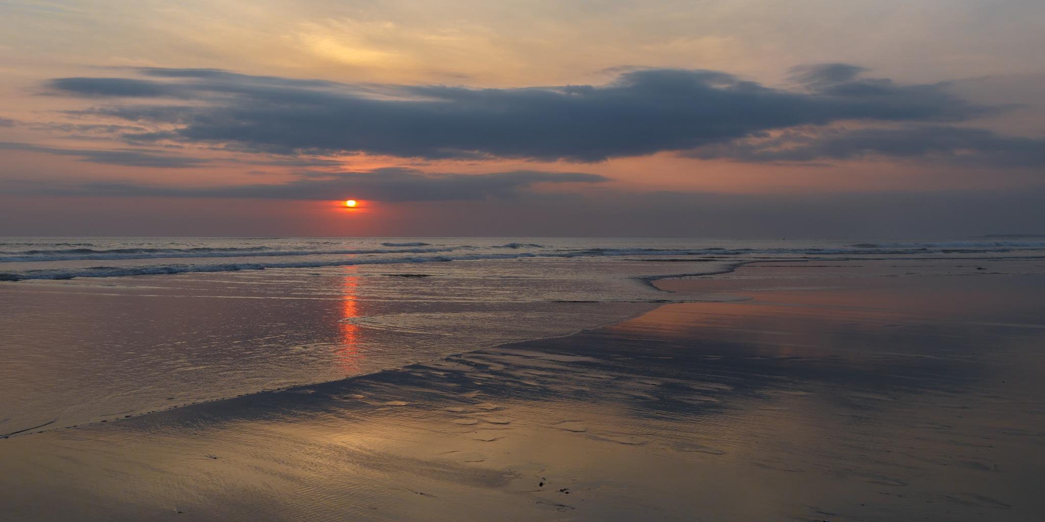 Sunset in Seminyak by Steven Kumala