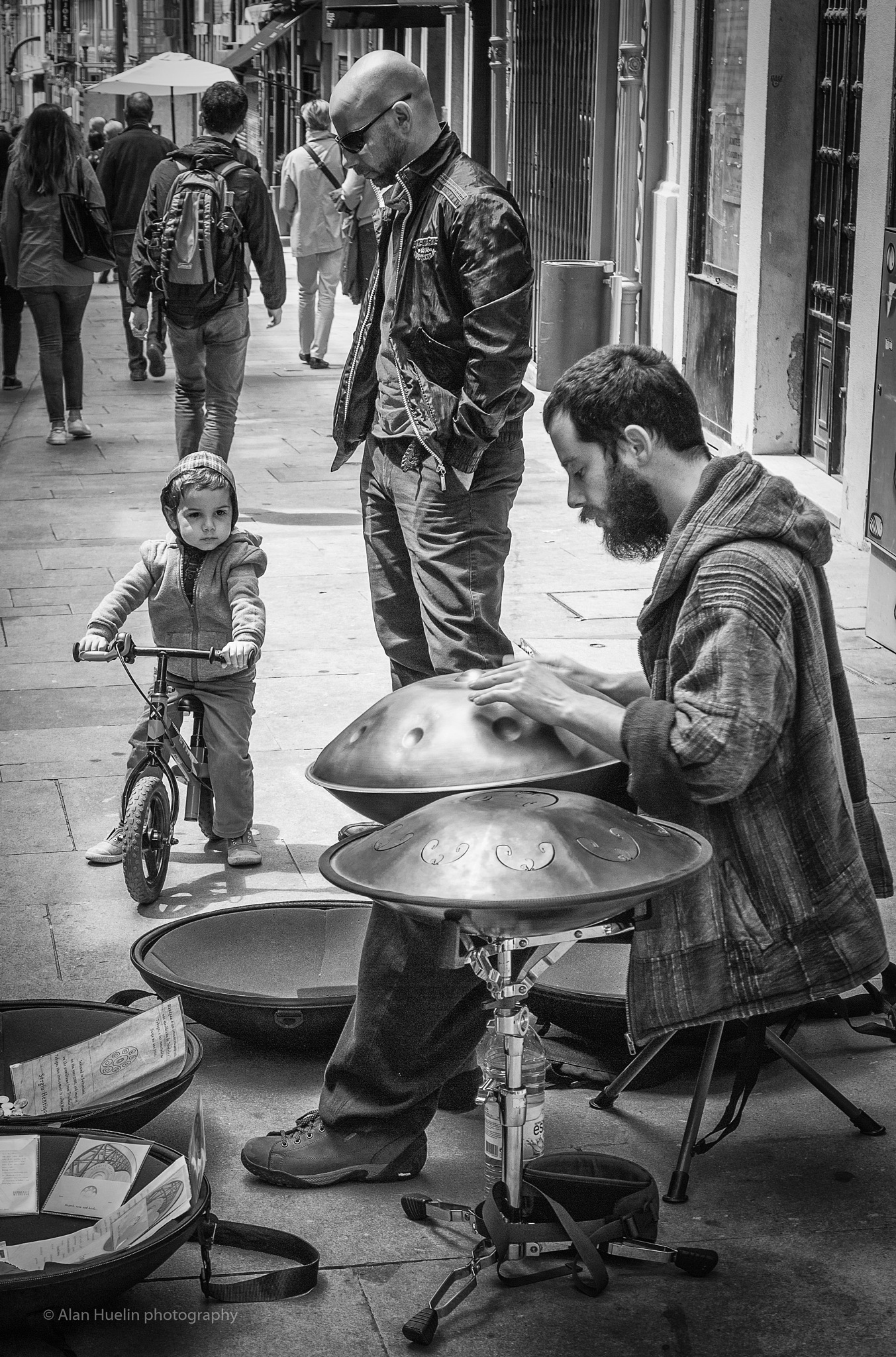 Young fan by alanhuelin