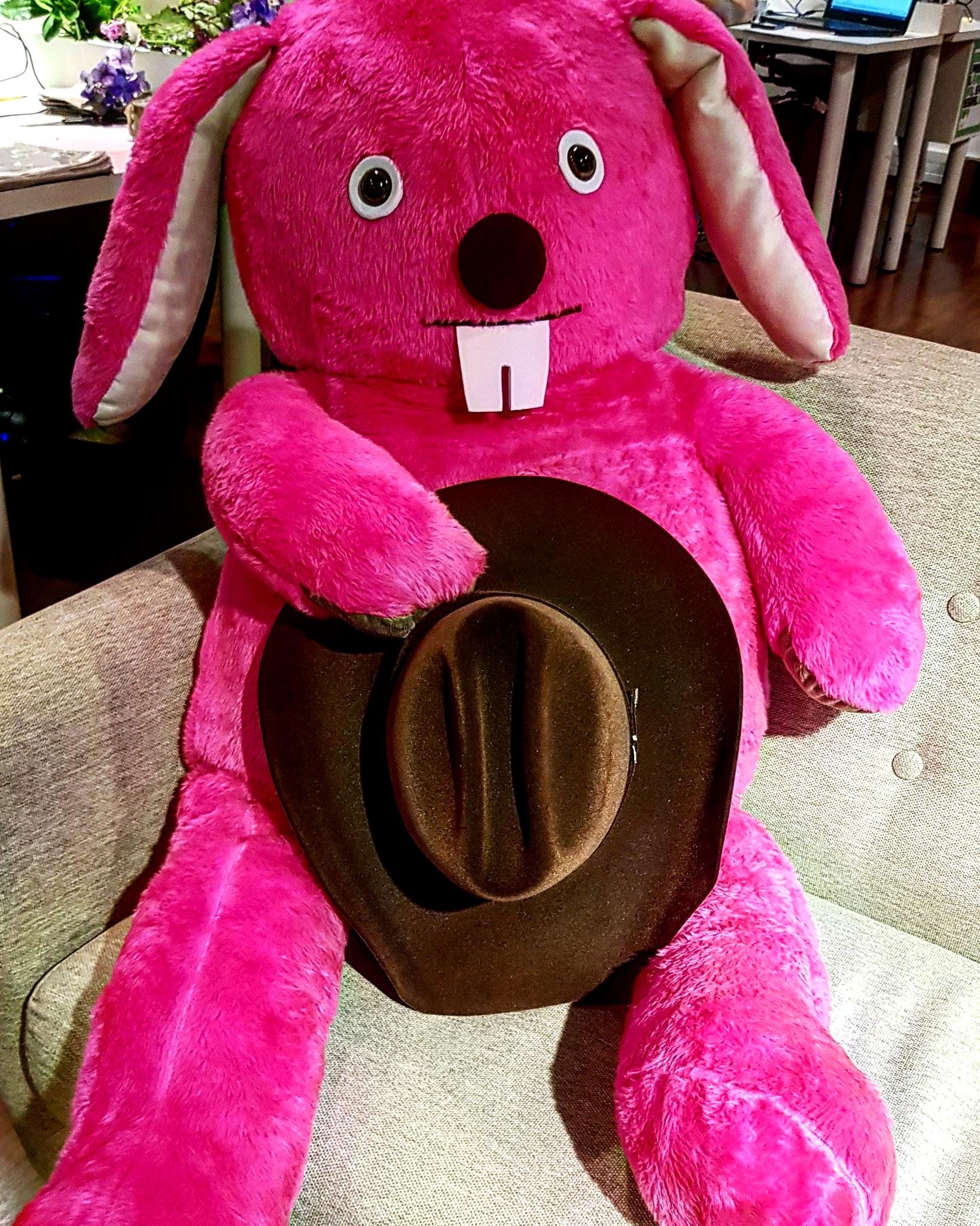 sensuality bunny by Siri Junior