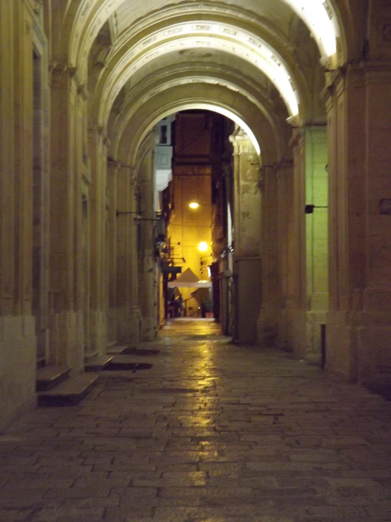 Valletta by night by Jorge Giro