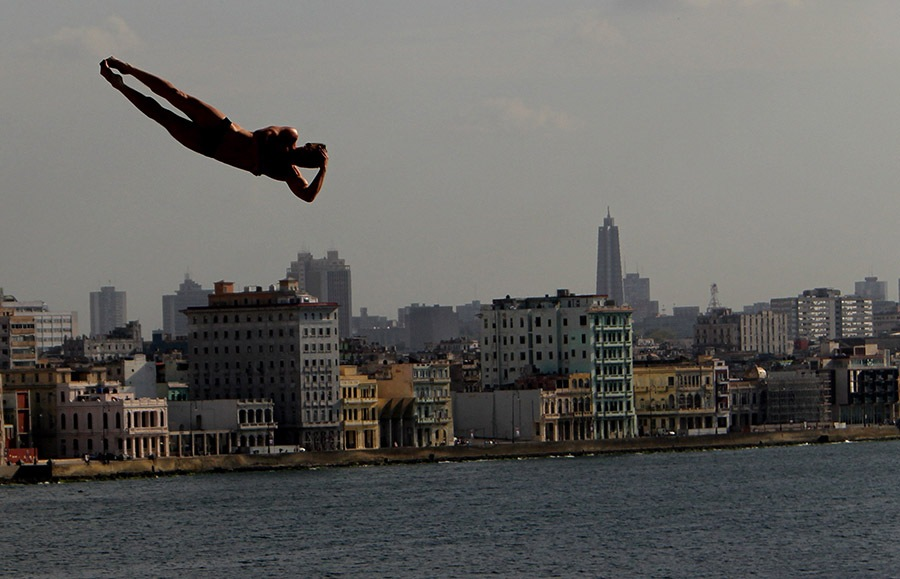 Red Bull Cliff Diving Havana by Ismael Francisco