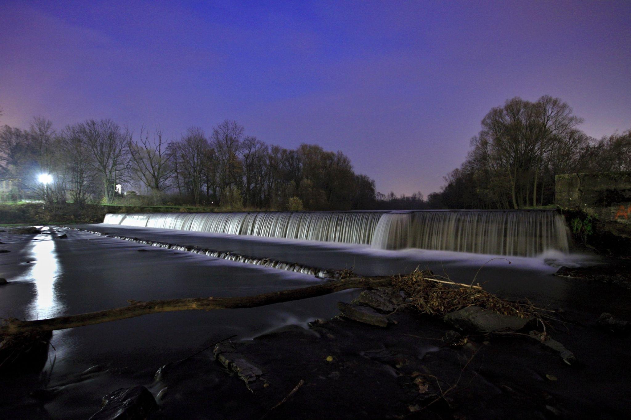 night river by Stenly Priesol