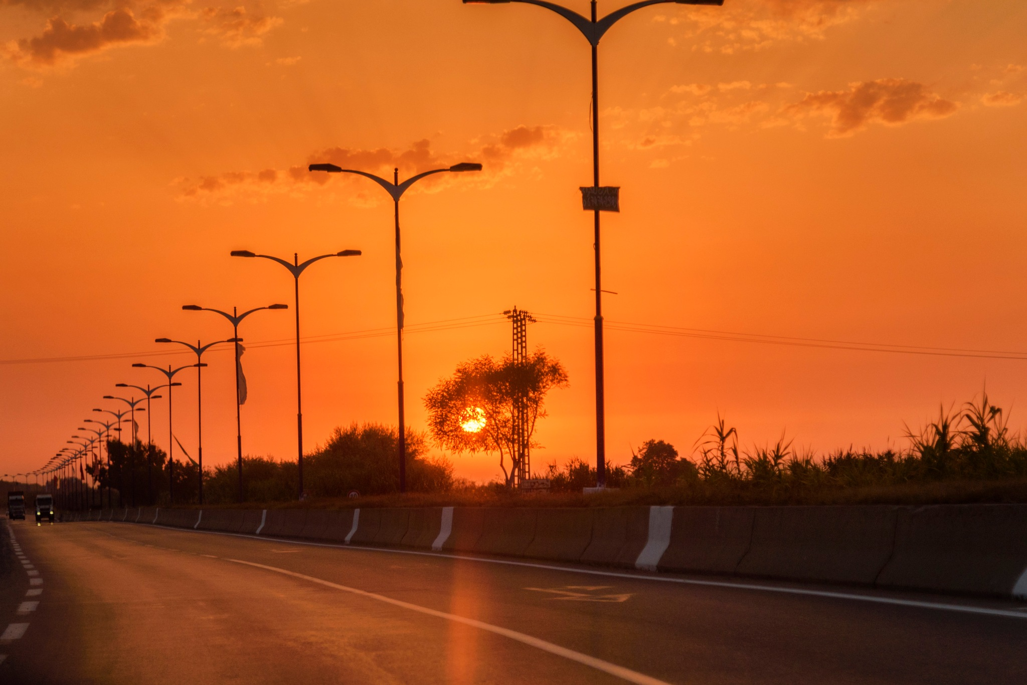 Sunset by Noureddine Belfethi