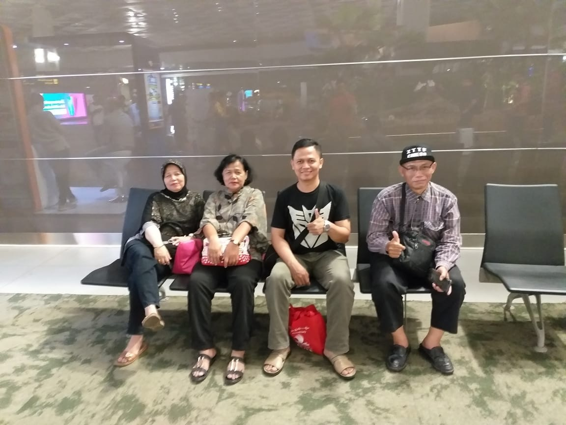 Family by Agus Rizal