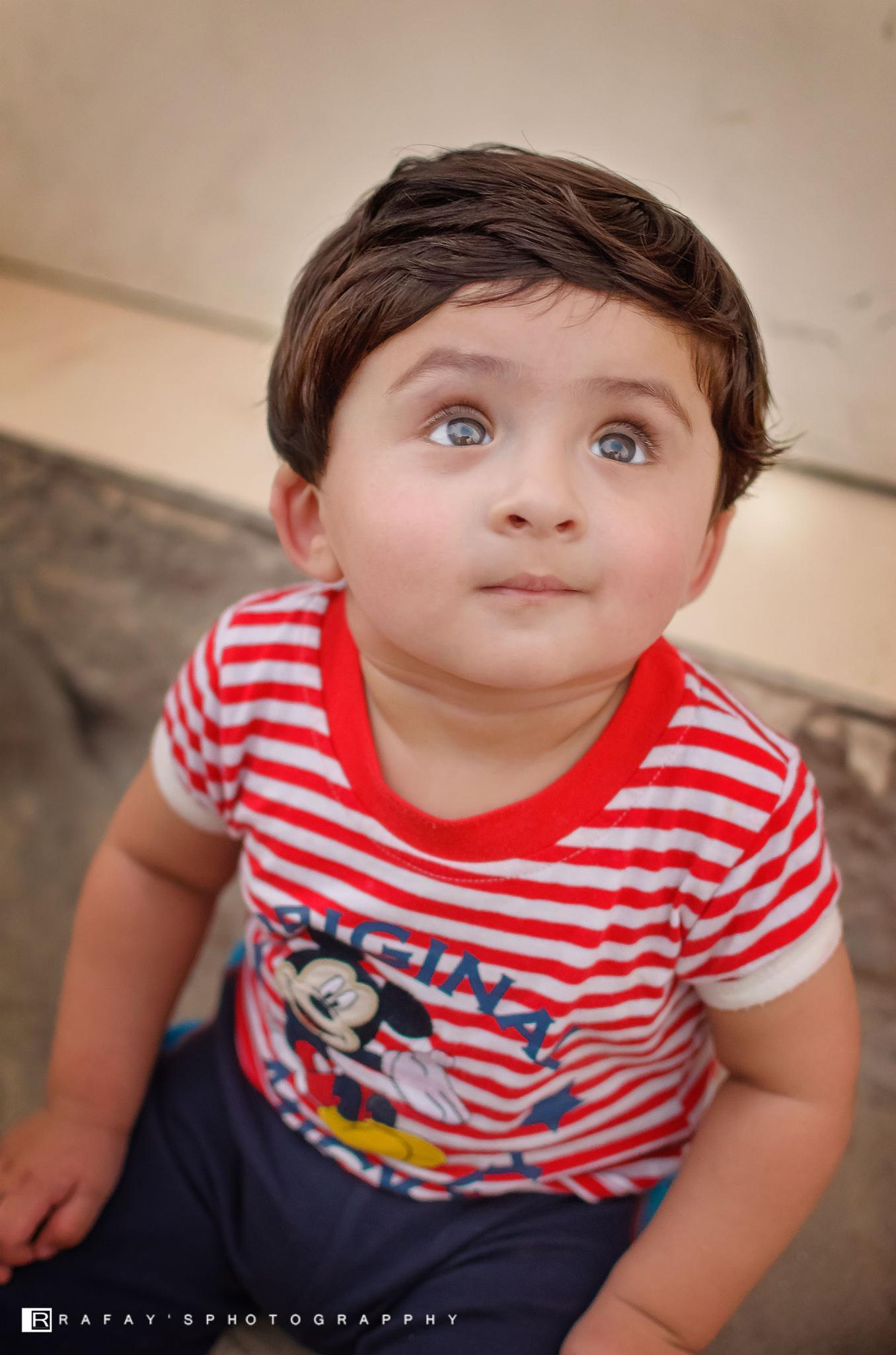 Cute Eyes by Agha Rafay