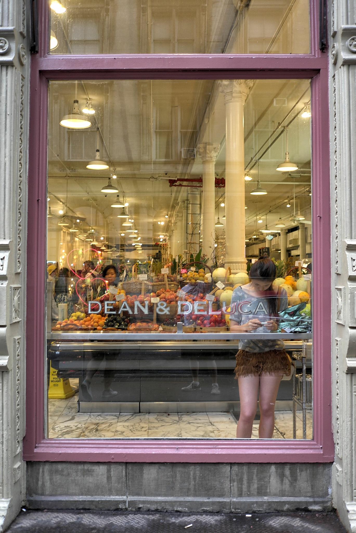 Dean & Deluca by Pedro Paulo