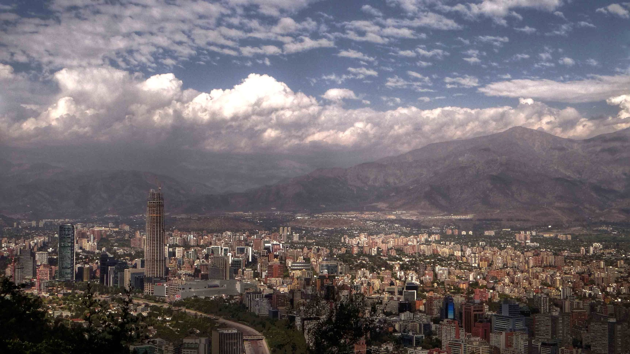 (0979) Santiago desde la cima del cerro San Cristóbal, Chile by Patricio Cabezas