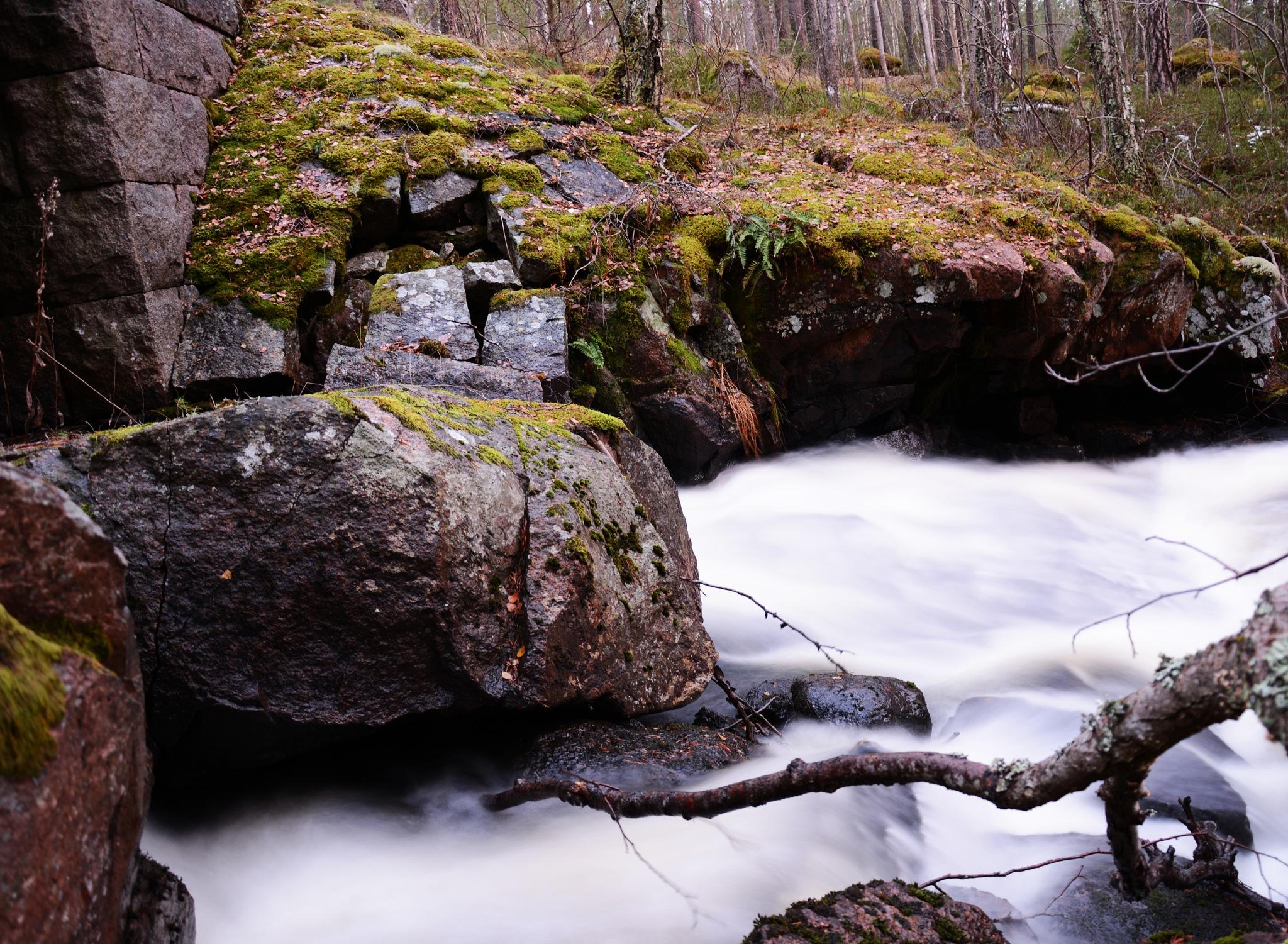 Liten bäck vid Målilla by Jakob Andersson