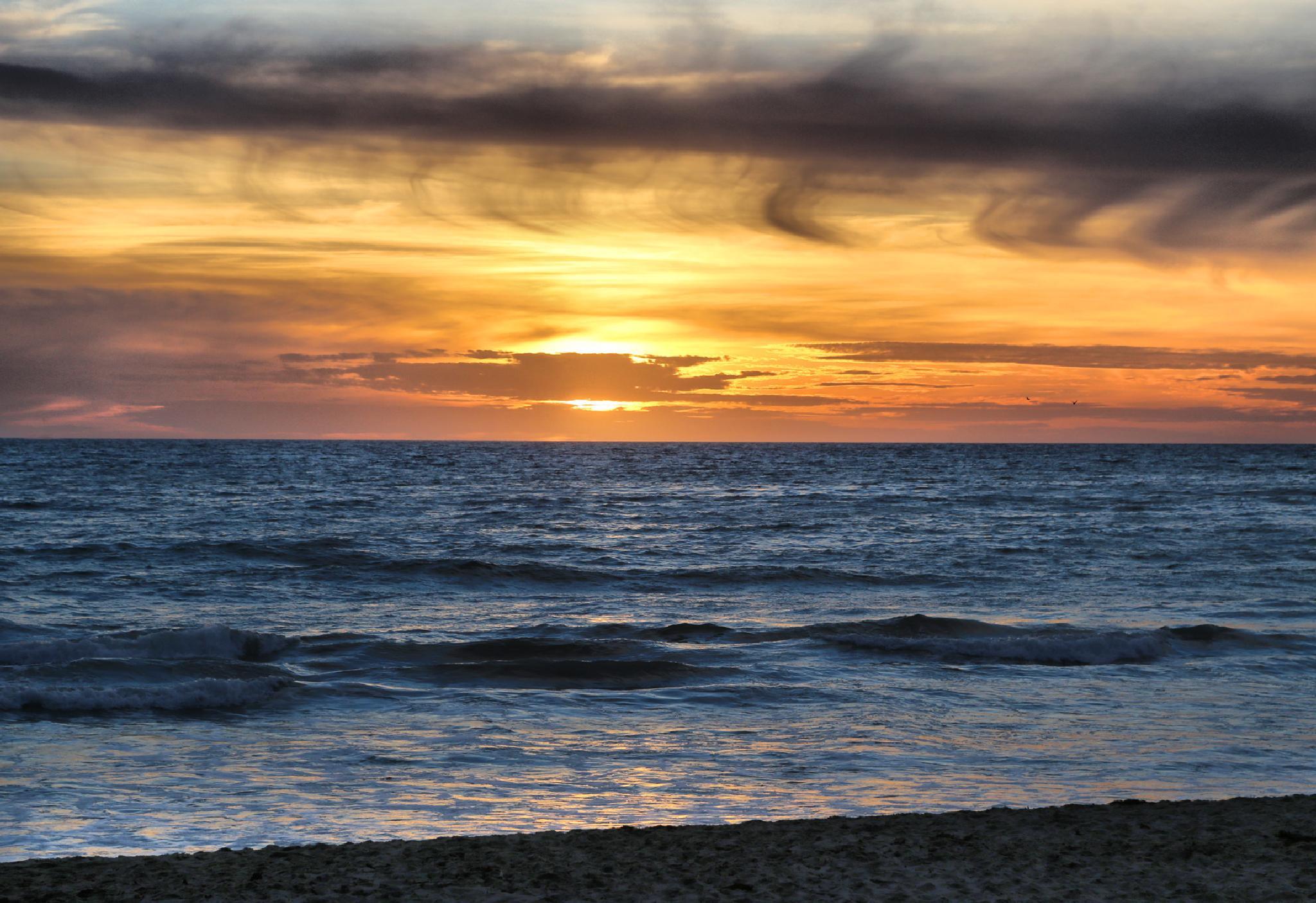sunset by Linda Ruiz