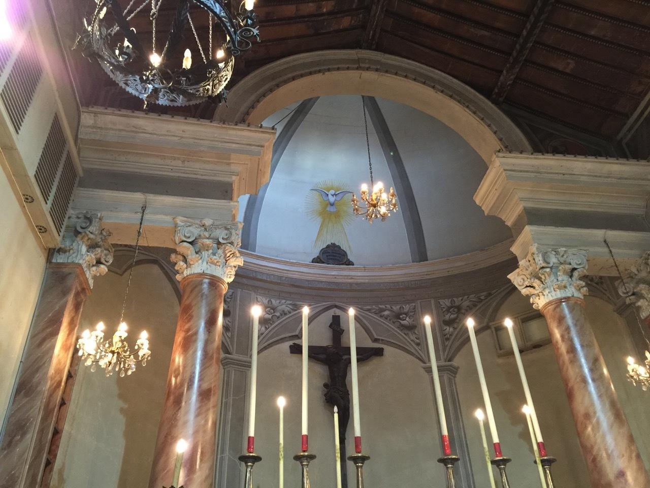 Interno chiesa by Claudio Raspollini