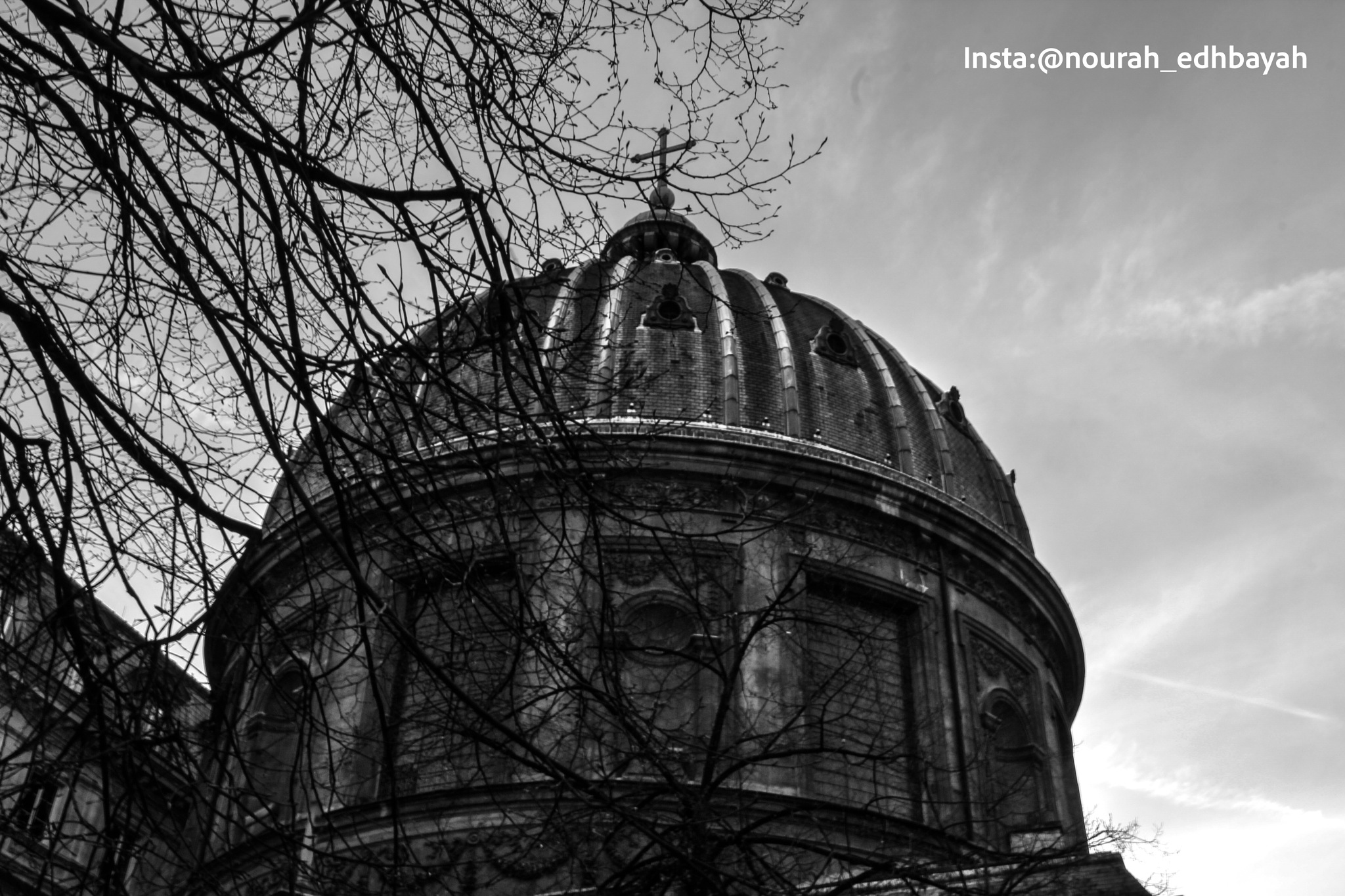 Dark day by Nourah_Edhbayah