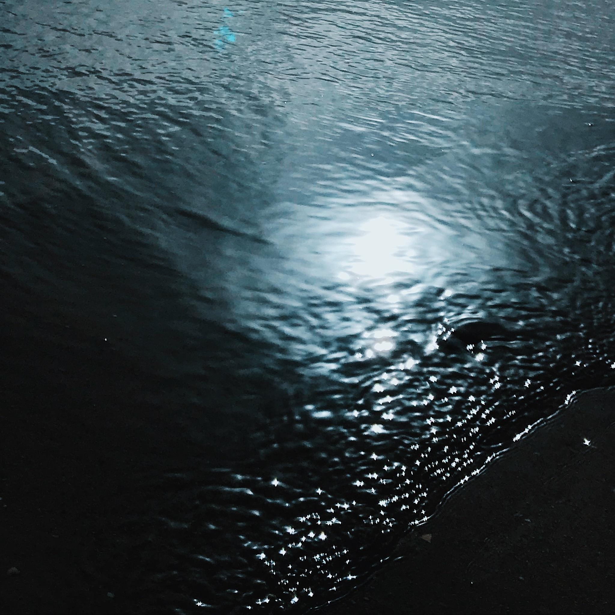 Sea by Fábio Valente