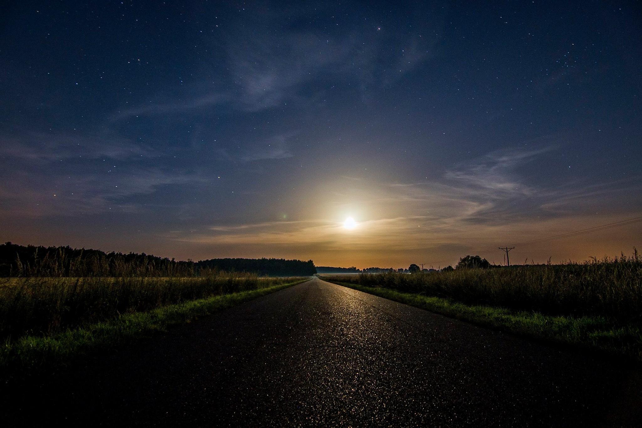 Moonlight Road by Waldemar Sadlowski