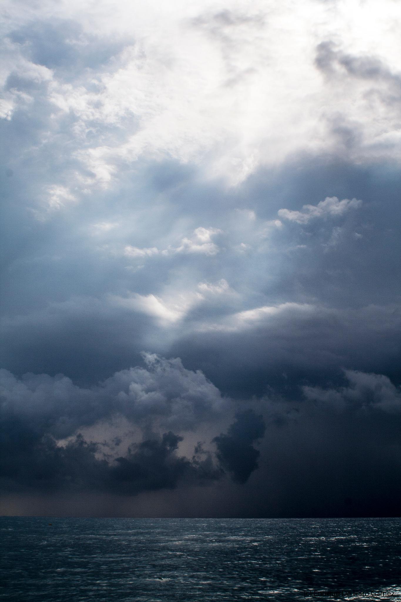 storm of beauty by Enrique de haro gamez