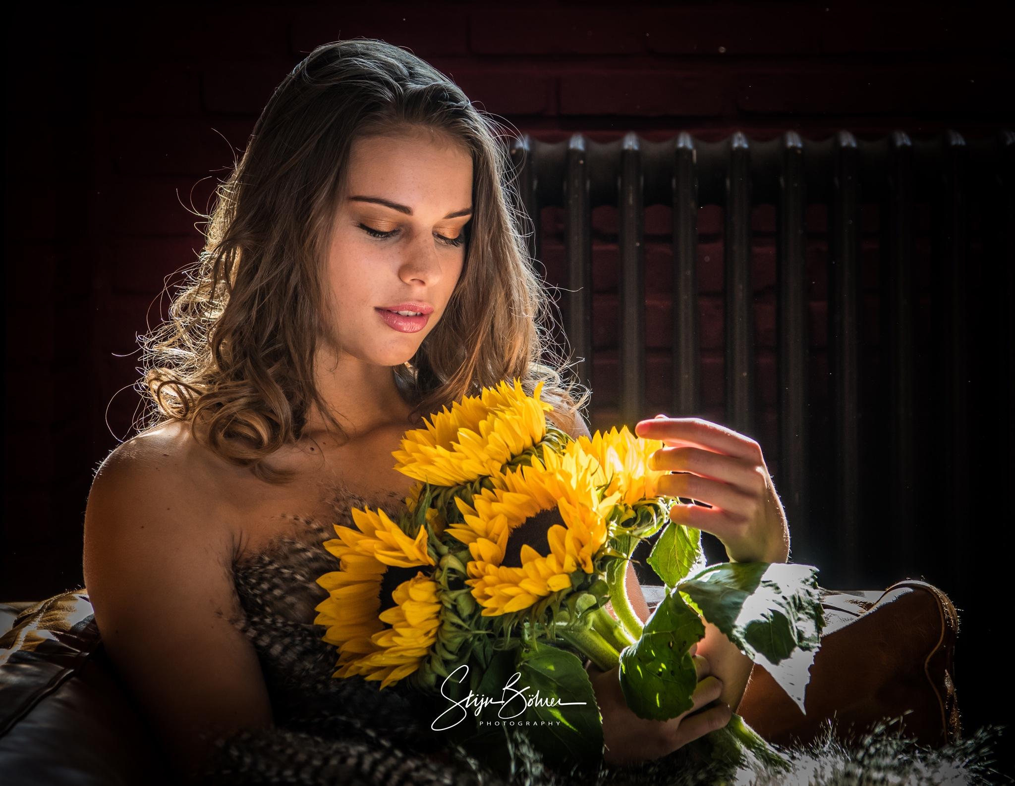 sunflowers by Stijn Böhrer
