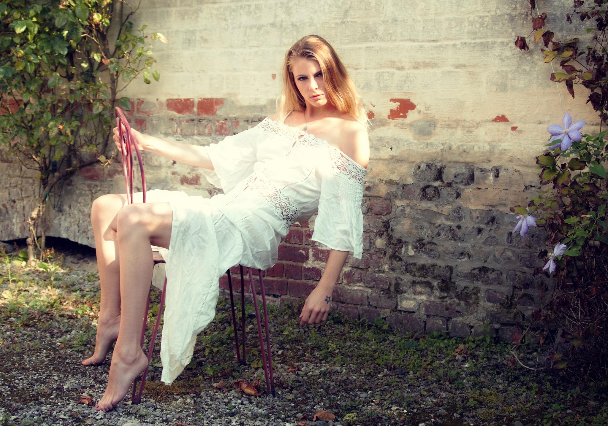SUMMER GIRL ... by Luc Vandorpe