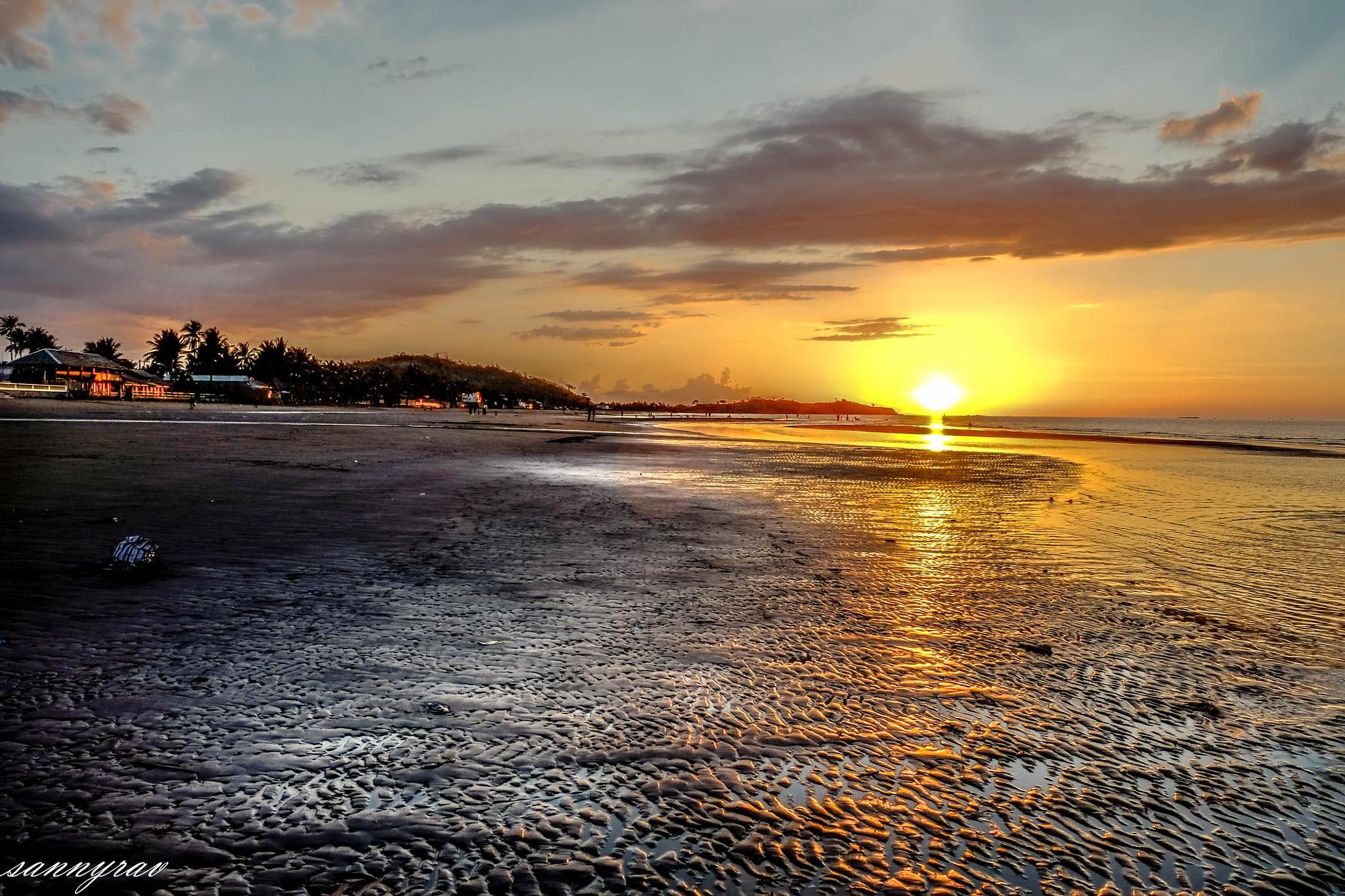 a golden sunset by sannyrav