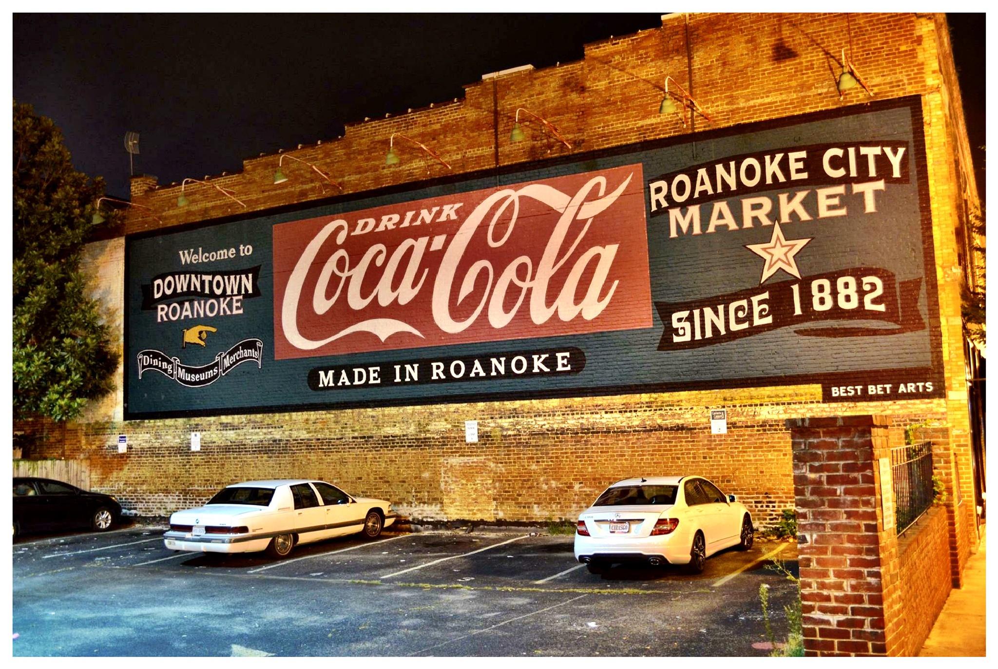 Roanoke City Market  by D.E.Terry