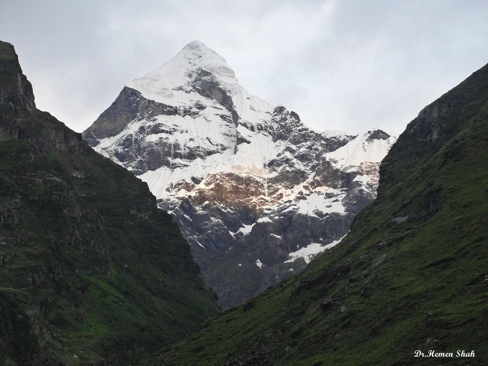 Nilkanth Parvat, Badrinath by Hemen
