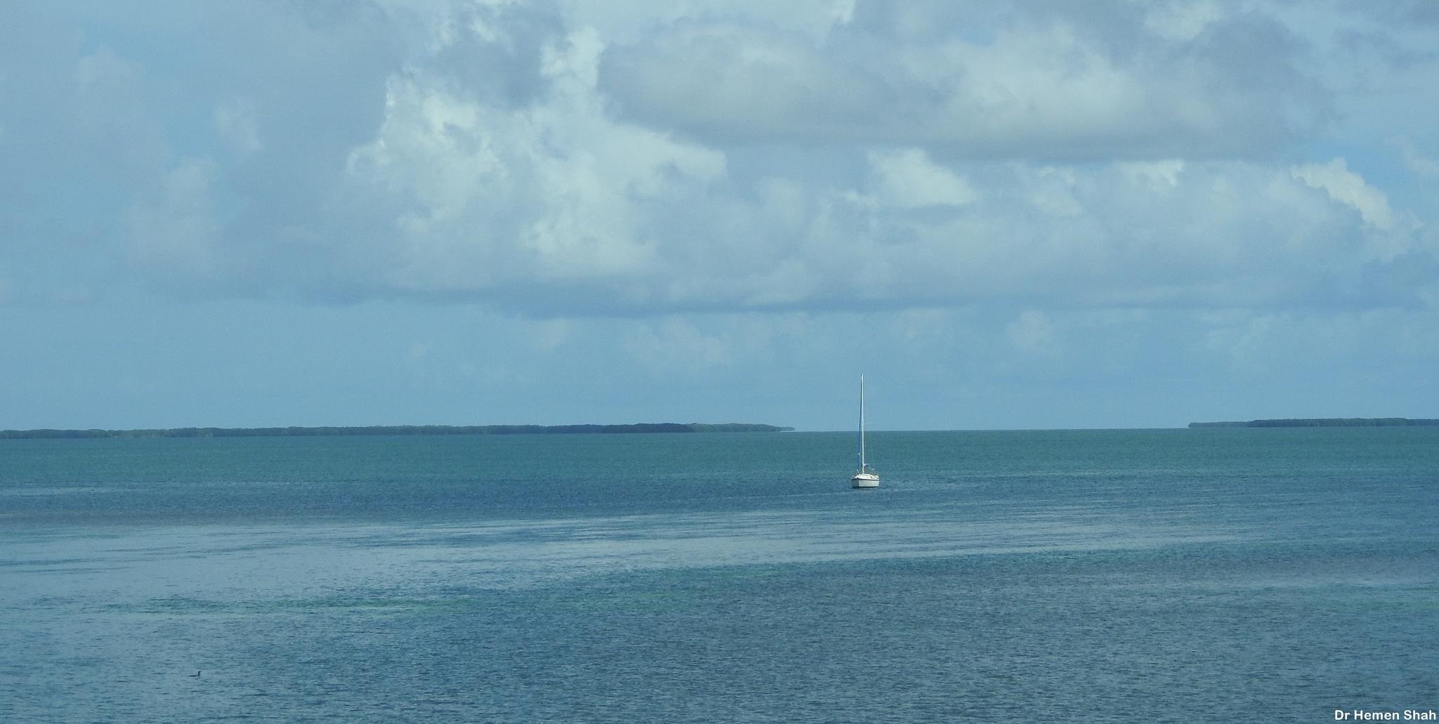 A SEASCAPE.... by Hemen