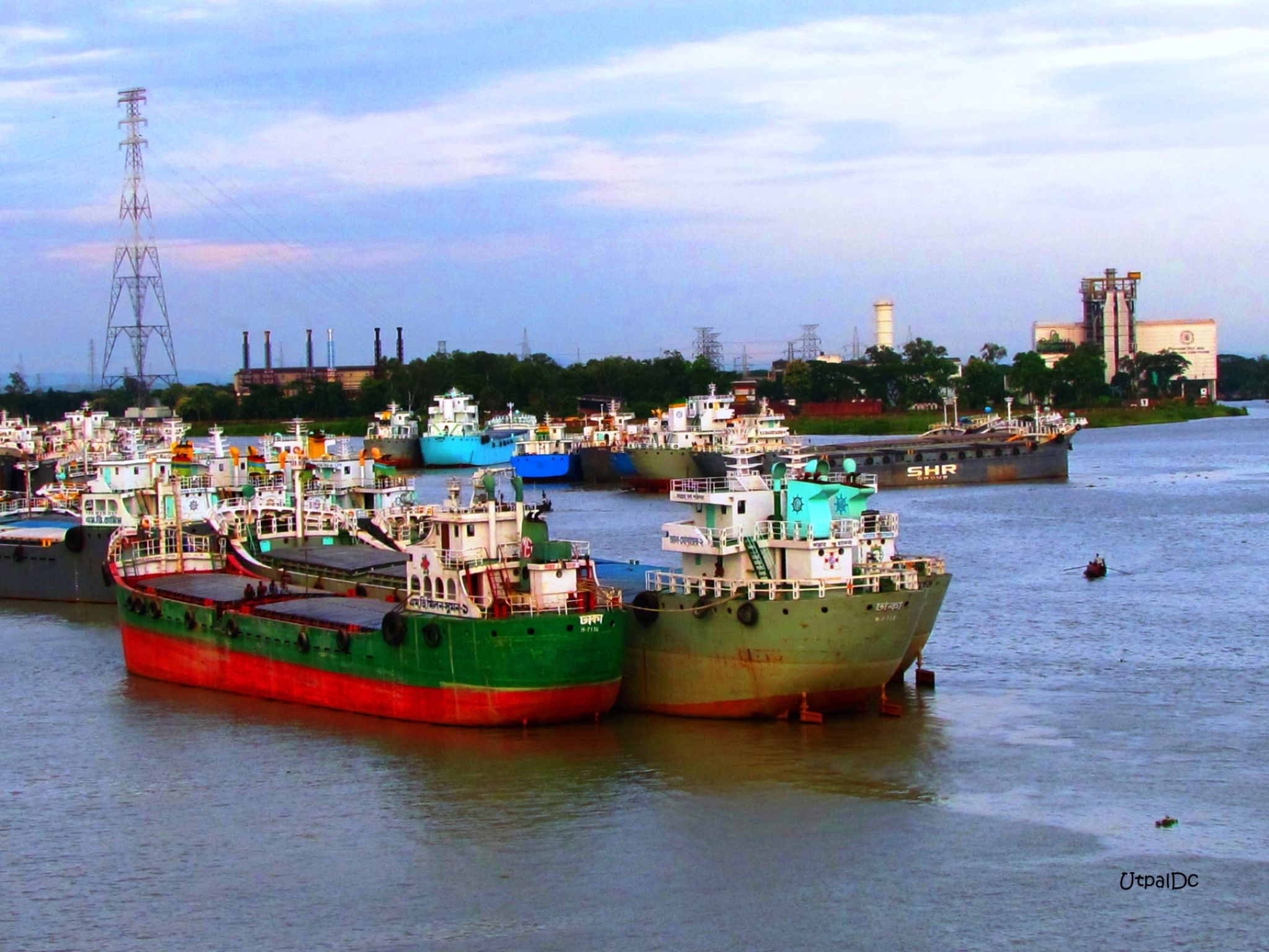 Fishing Boat by Utpal Dey Chowdhury