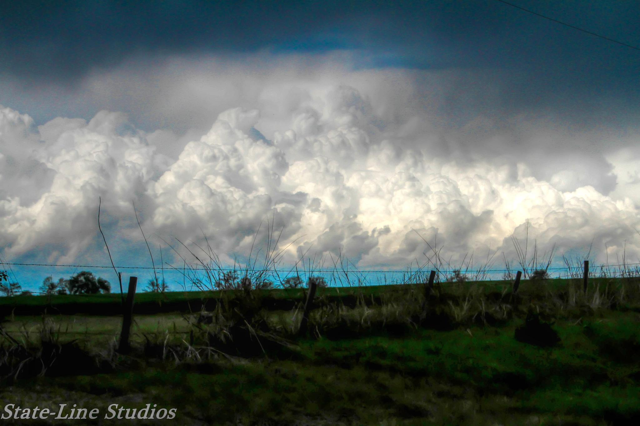 Storms rolling in  by Dixie L Colquhoun