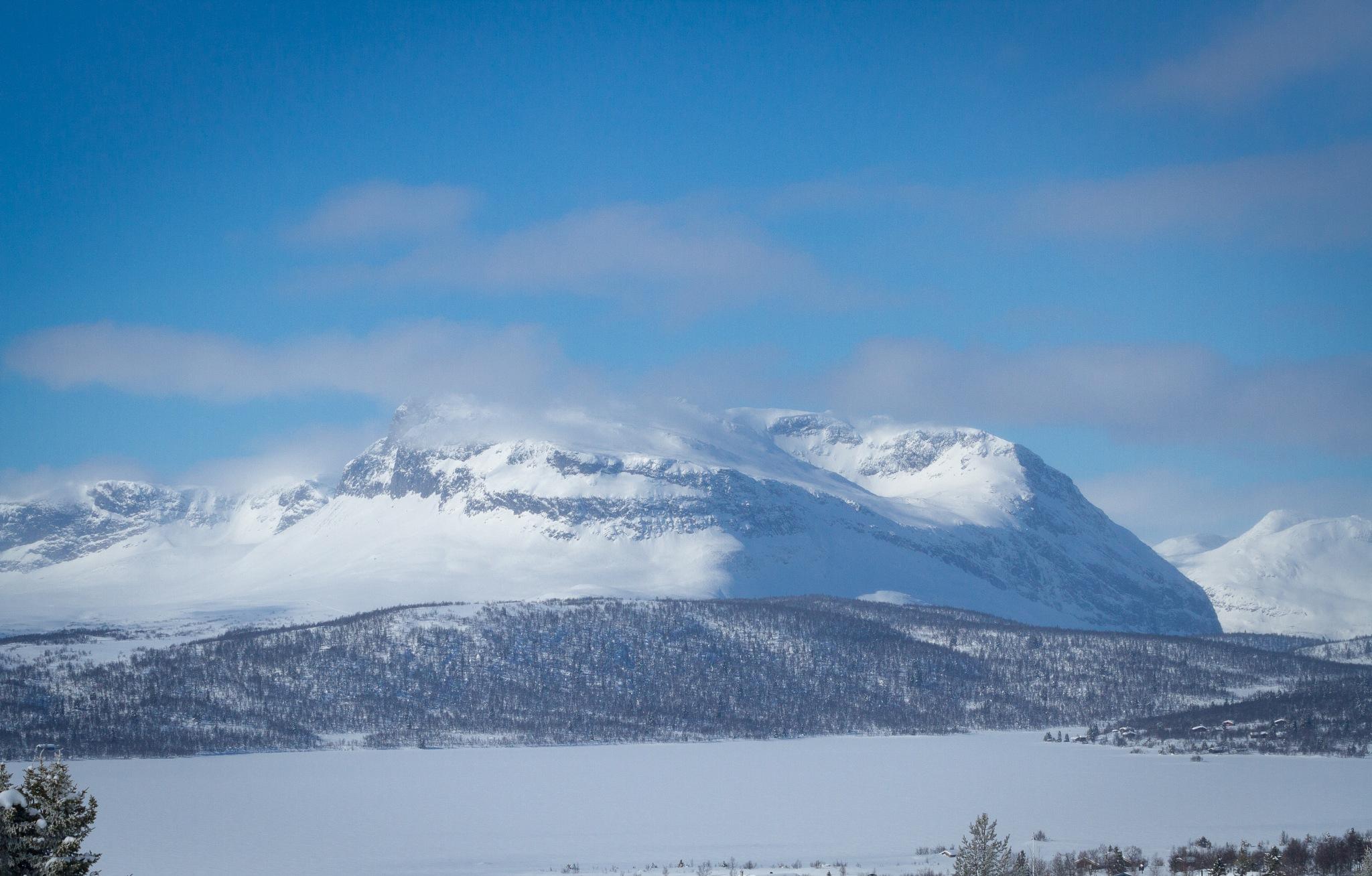 Grindafjell by Svein Erik Andresen