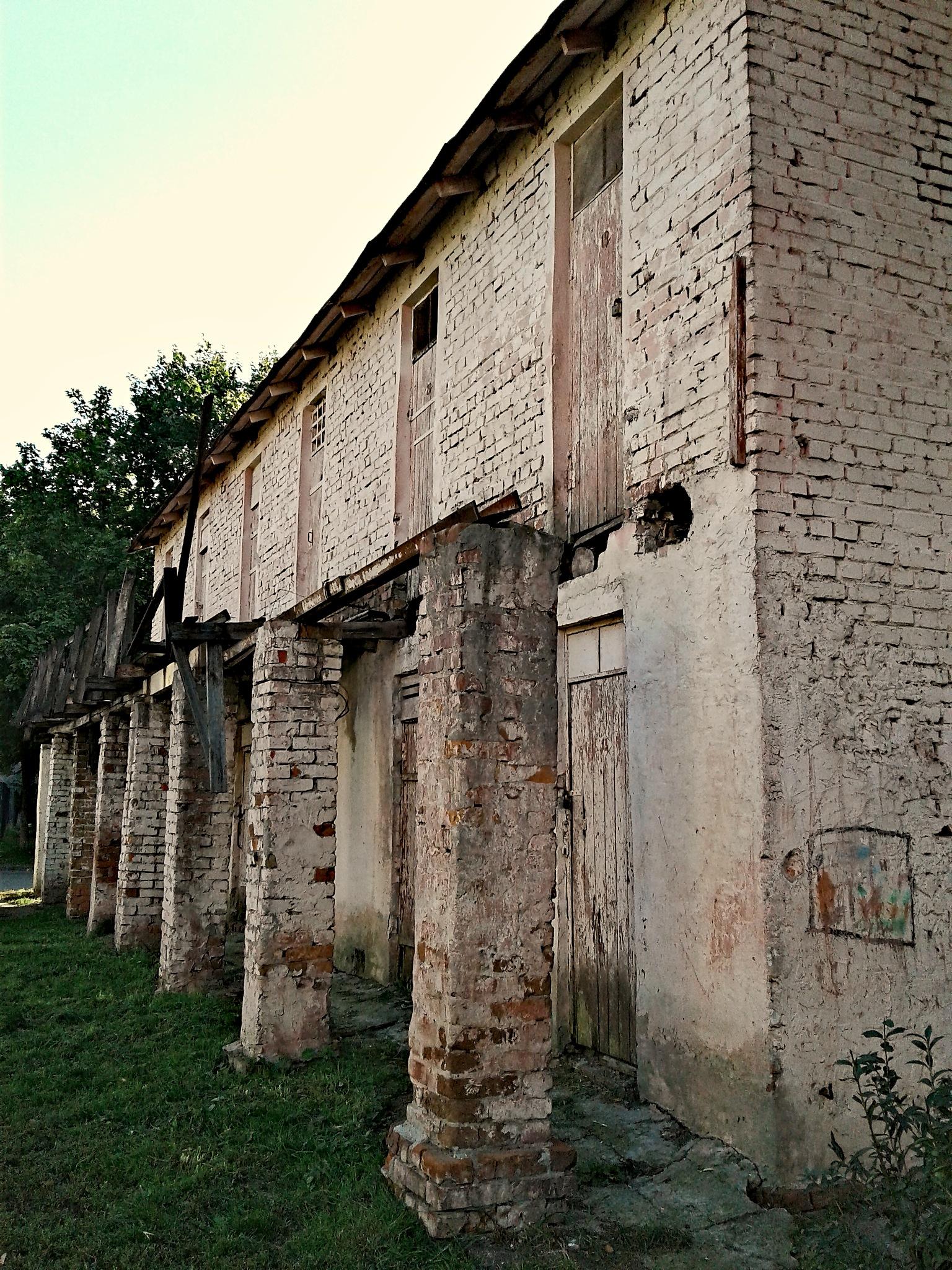 The old barn by Евгений Козлов