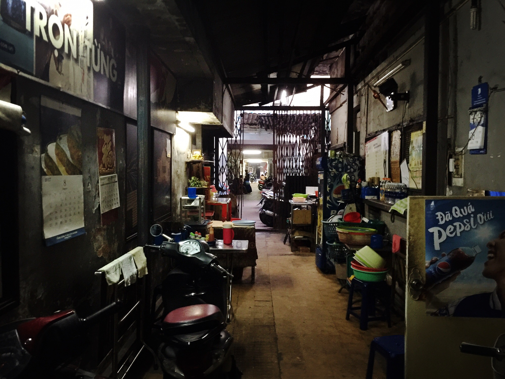Food stall in an alley by XQMe