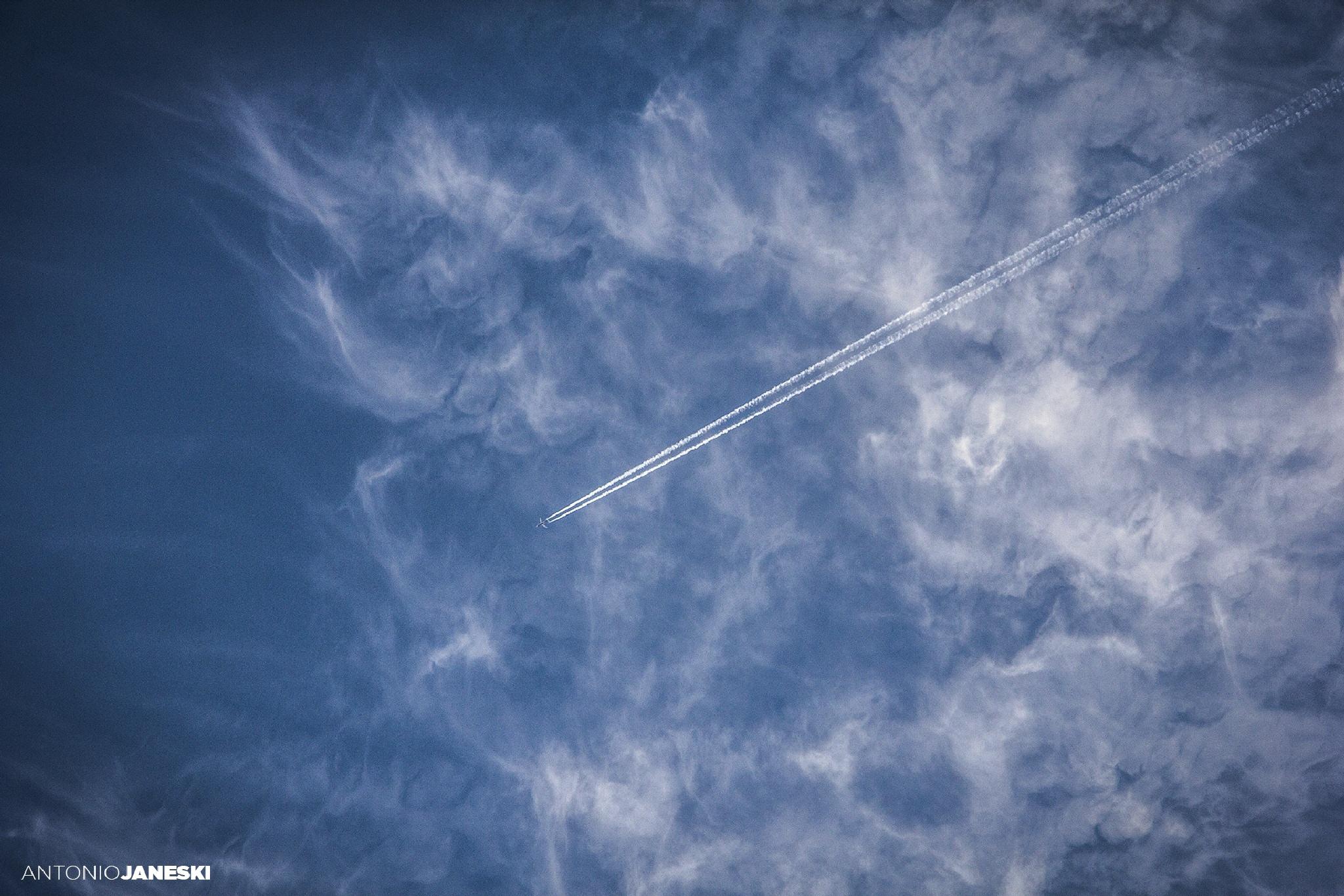 Diagonal by Janeski