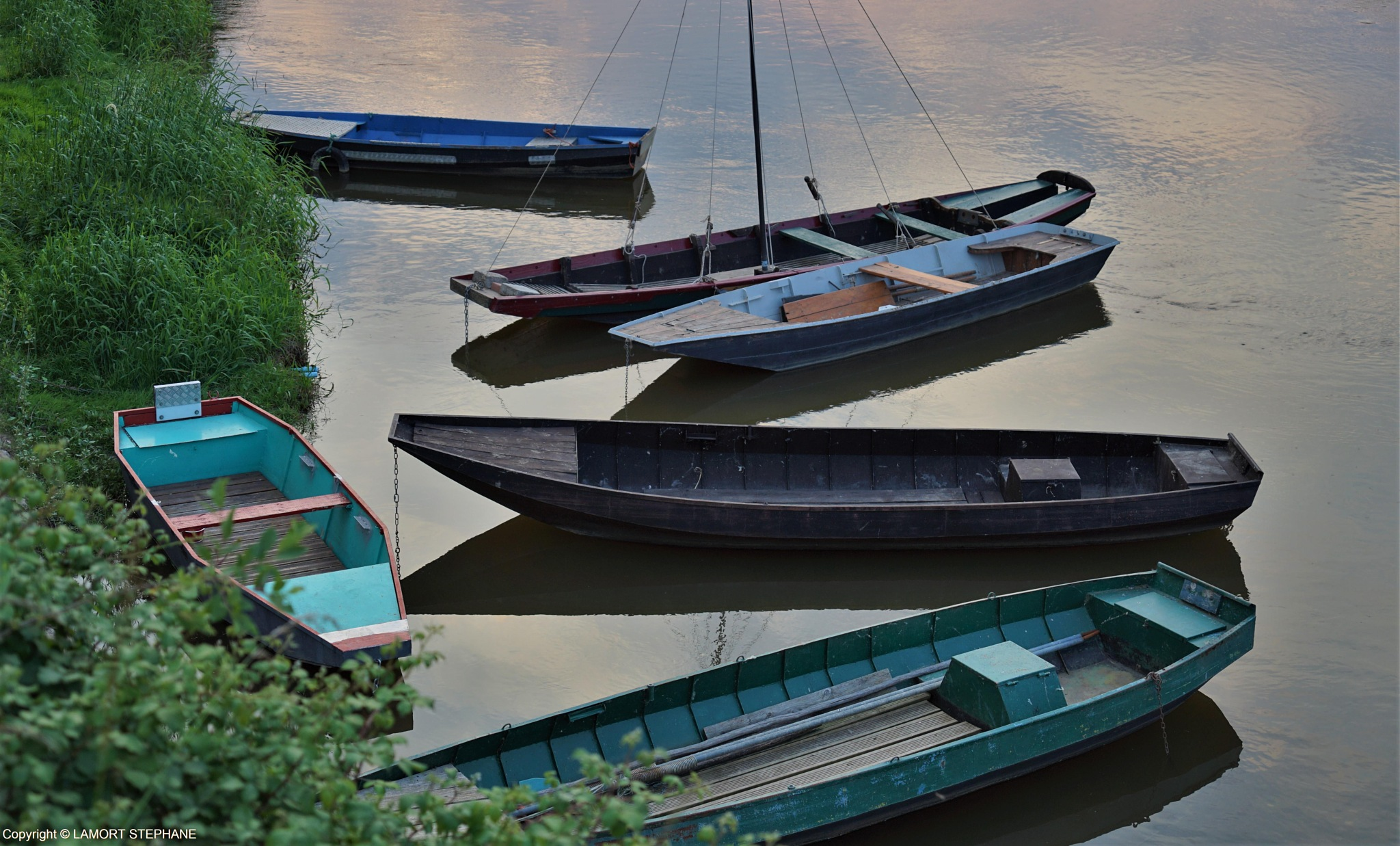 barques sur la Loire by lamort stephane
