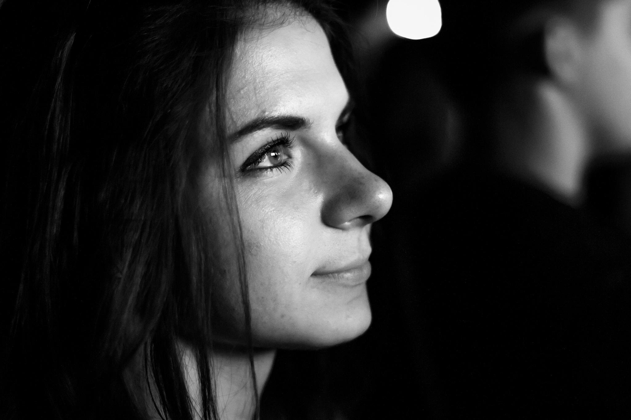 Black and White portrait by Dmitry Kalashnikov