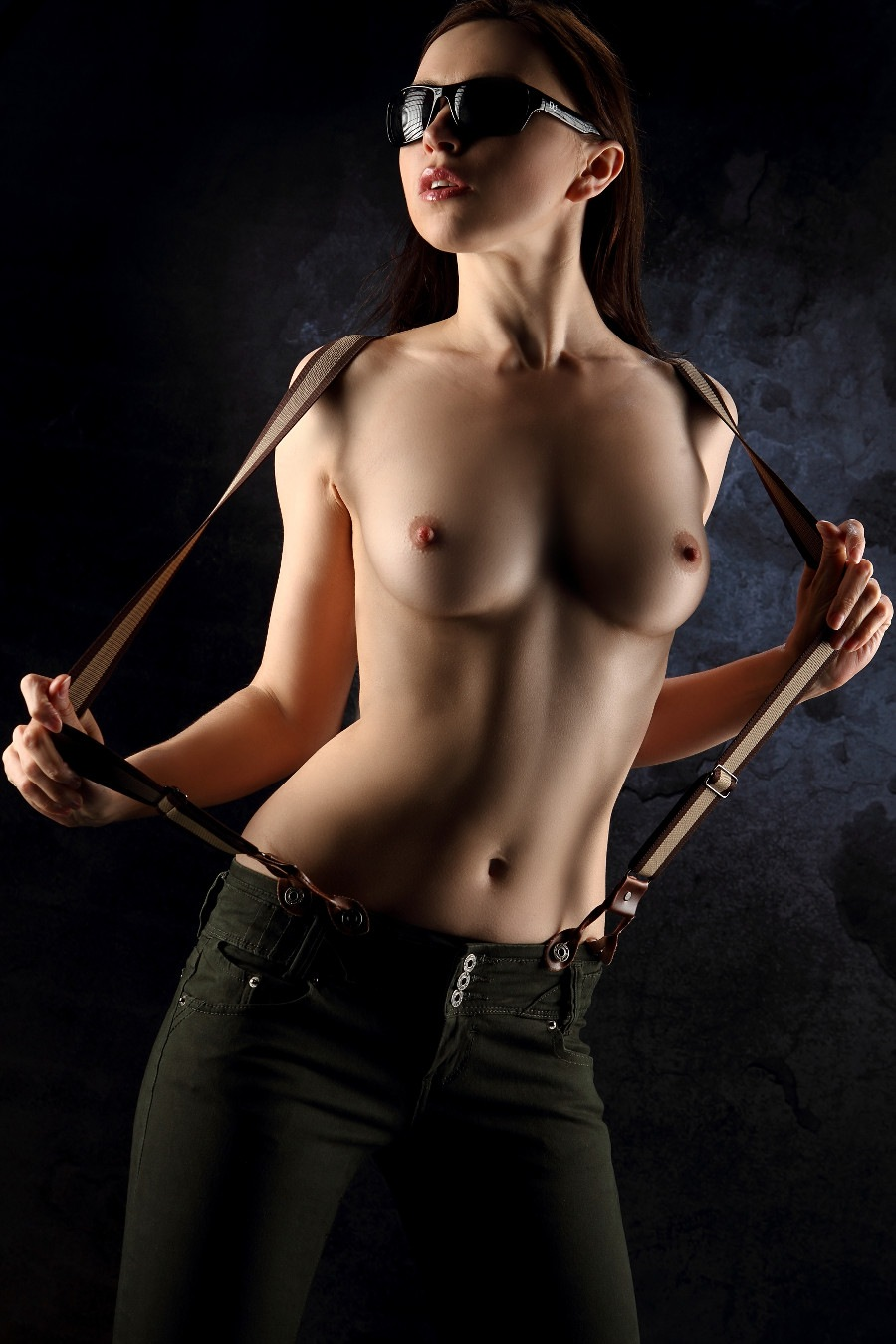 Topless in green jeans by GuWu