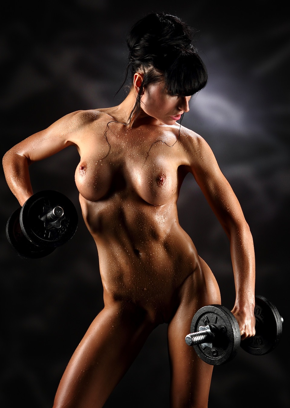 Nude girl weightlifitng  by GuWu