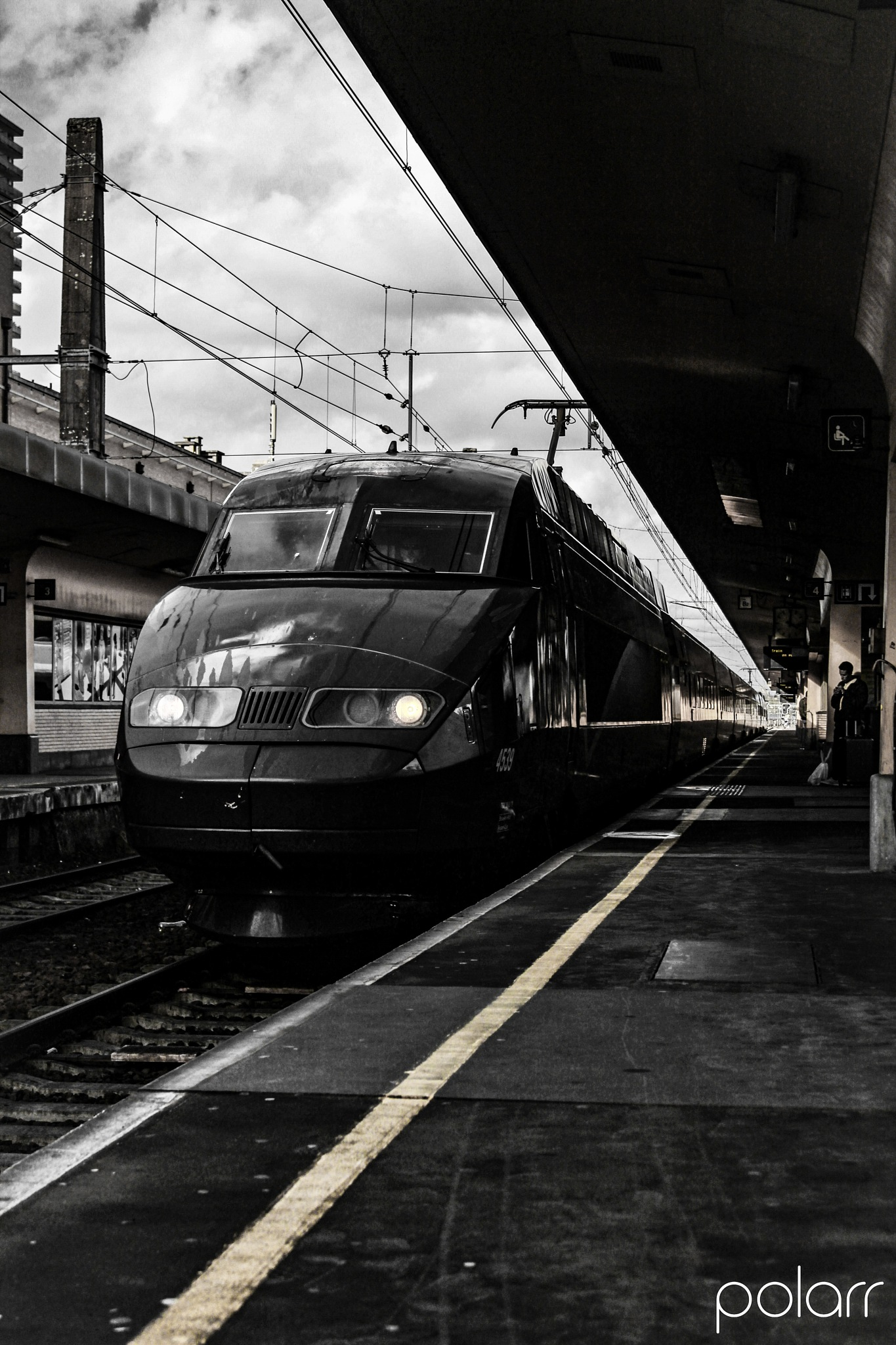 Passing Thalys (HST) by Jomme Goovaerts